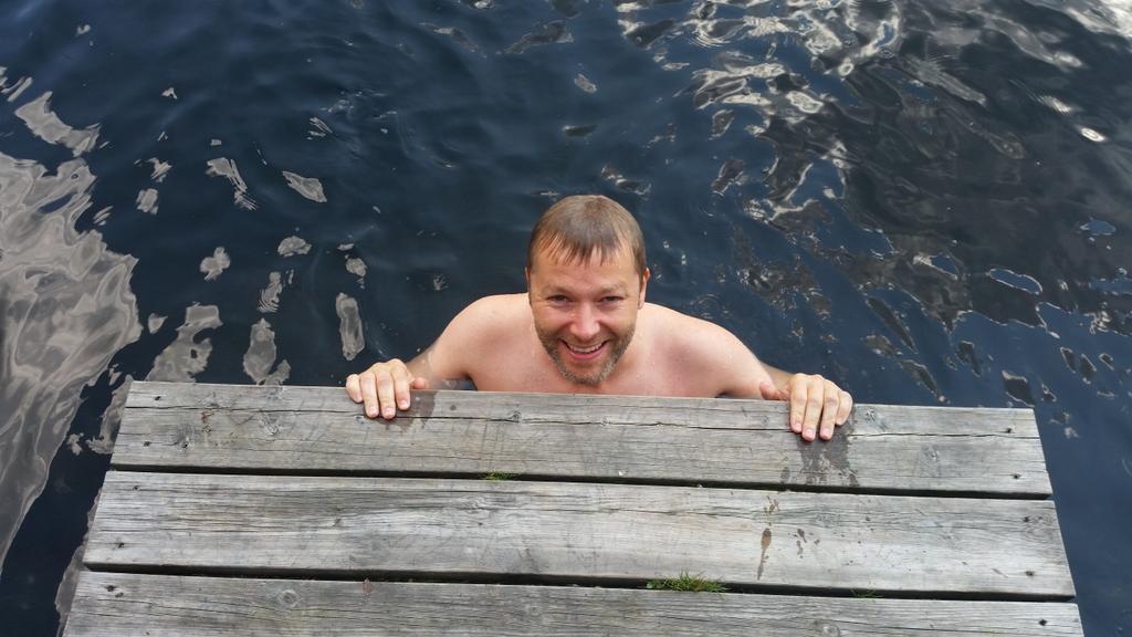Espen swimming in Bjordammen. Of course - we had to try out all the lakes :)