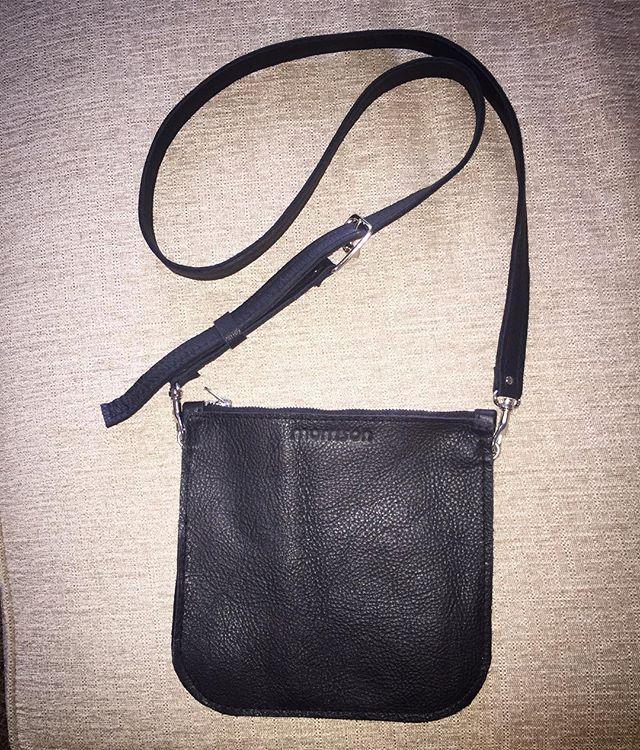 New custom SHAYNA crossbody w/adjustable strap!! 😍😍 #morrisonhandbags #custom #leather #local #dallas #designer #lotd #shop #gift #travel #crossbody #love