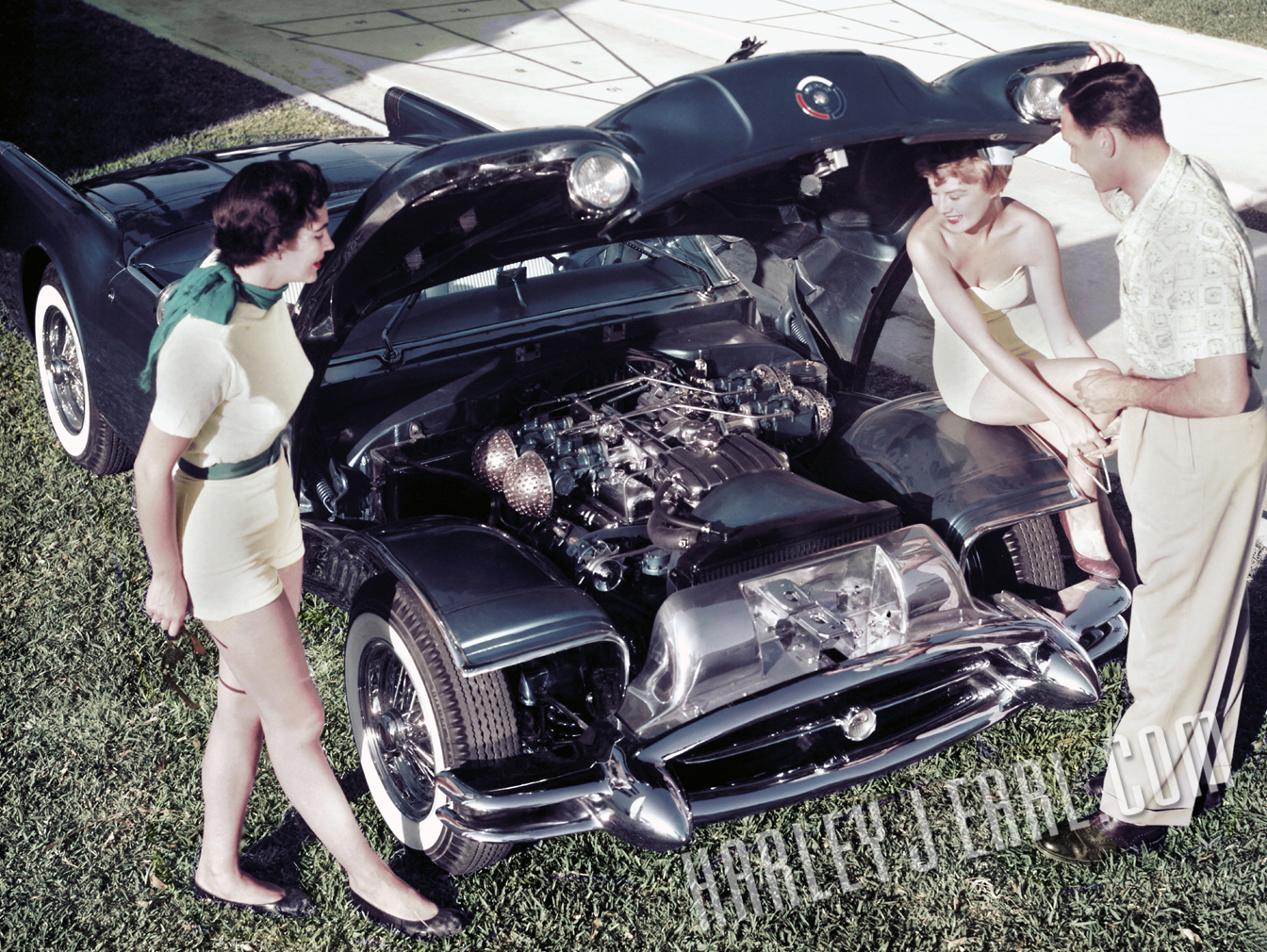"""The 1954 Buick Wildcat II dream car by HJE helped launch the """"muscle car"""" theme and/or offering inside Detroit's modern auto world. Most of Earl's custom Motorama show cars boasted V-8s, and the auto writer Art Lauring's comment nails it,  """"the Wildcat II is propelled by a 220-h.p. engine that boasts four carburetors with flame arresters.""""  in the L .A. Times  from March '54."""