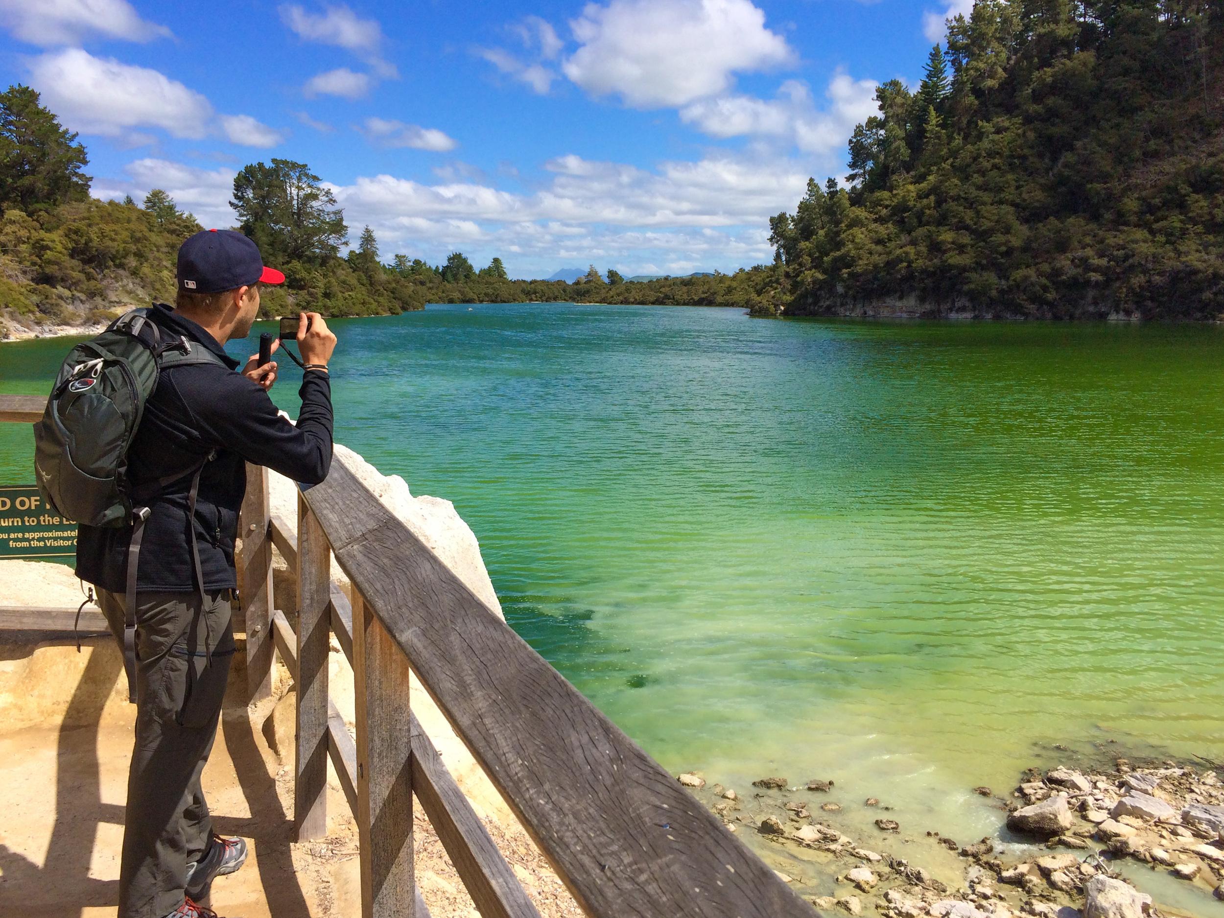 waiotapu_lake