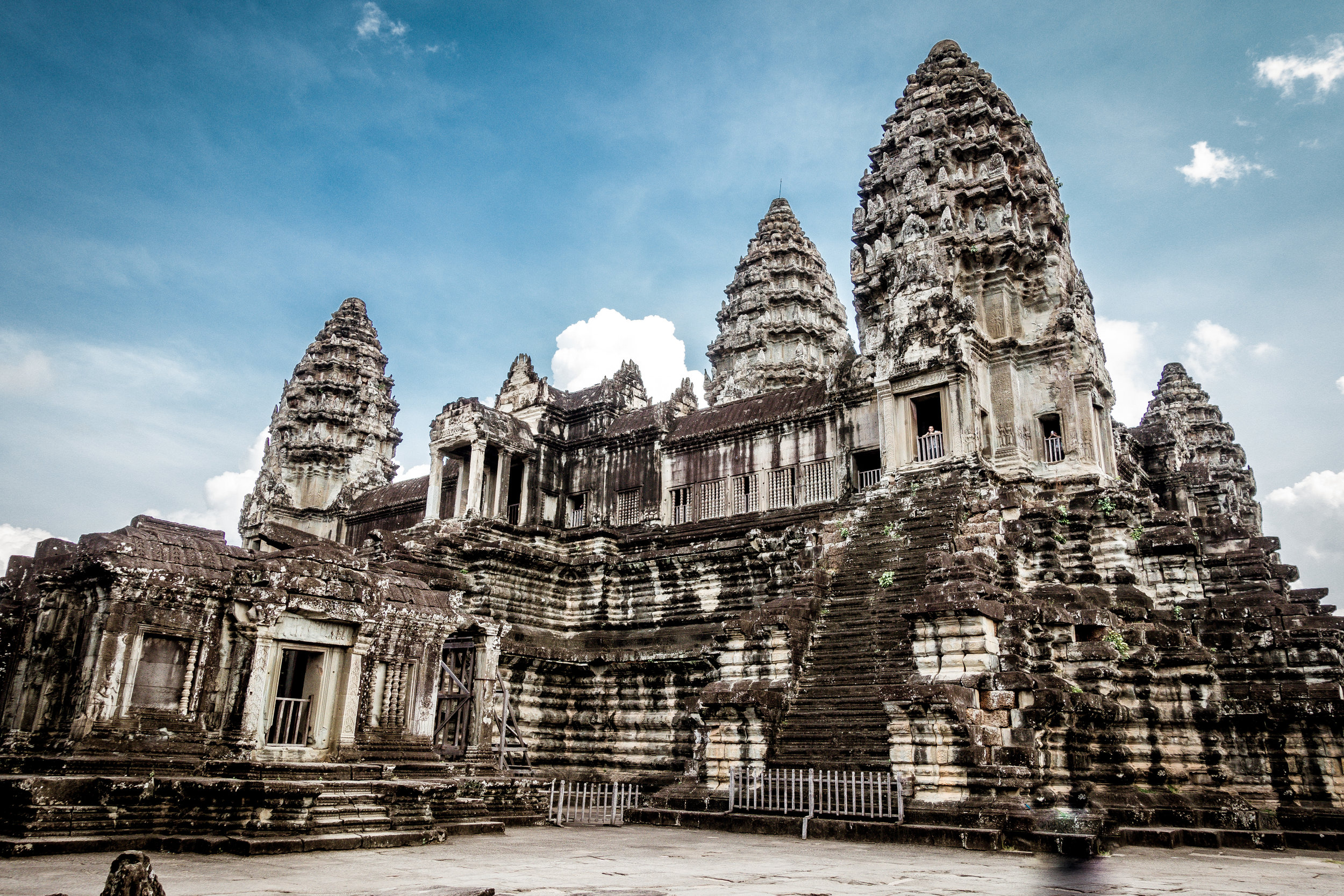 In  Cambodia  we dotted around Siem Riep's famed Angkor Wat complex, and immersed ourselves in the incredible story of modern Phnom Pen. Its people as warm as its weather!  Read more...
