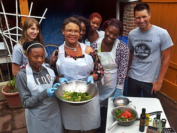 Young Ladies of Tomorrow work with DC Central Kitchen/ Photo from DC Central Kitchen