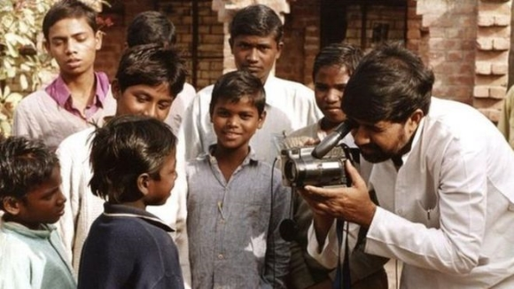 Kailash Satyarthi with former child slaves in India/Photo credit:  The BBC