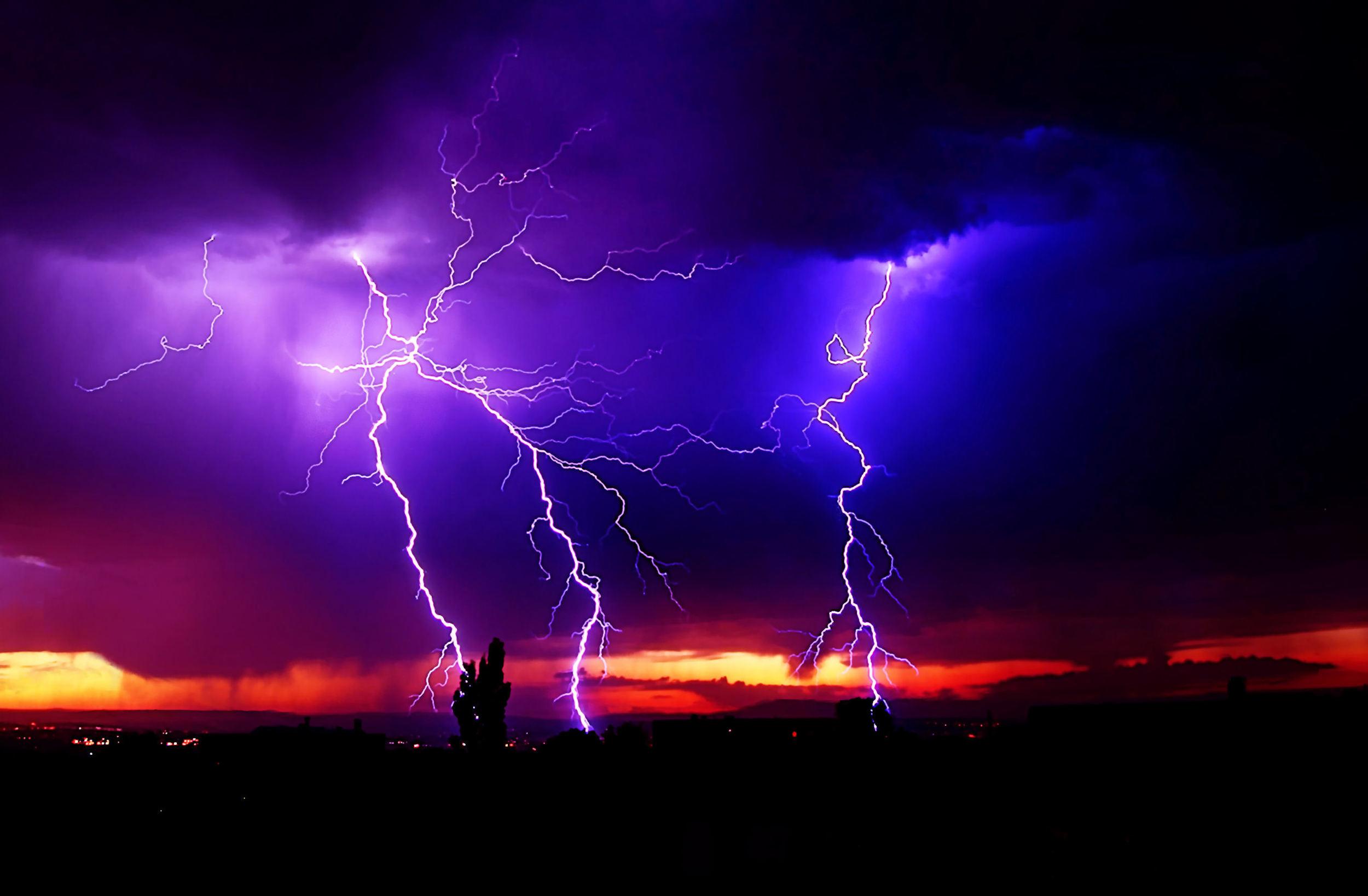 tempesta llamps.jpg