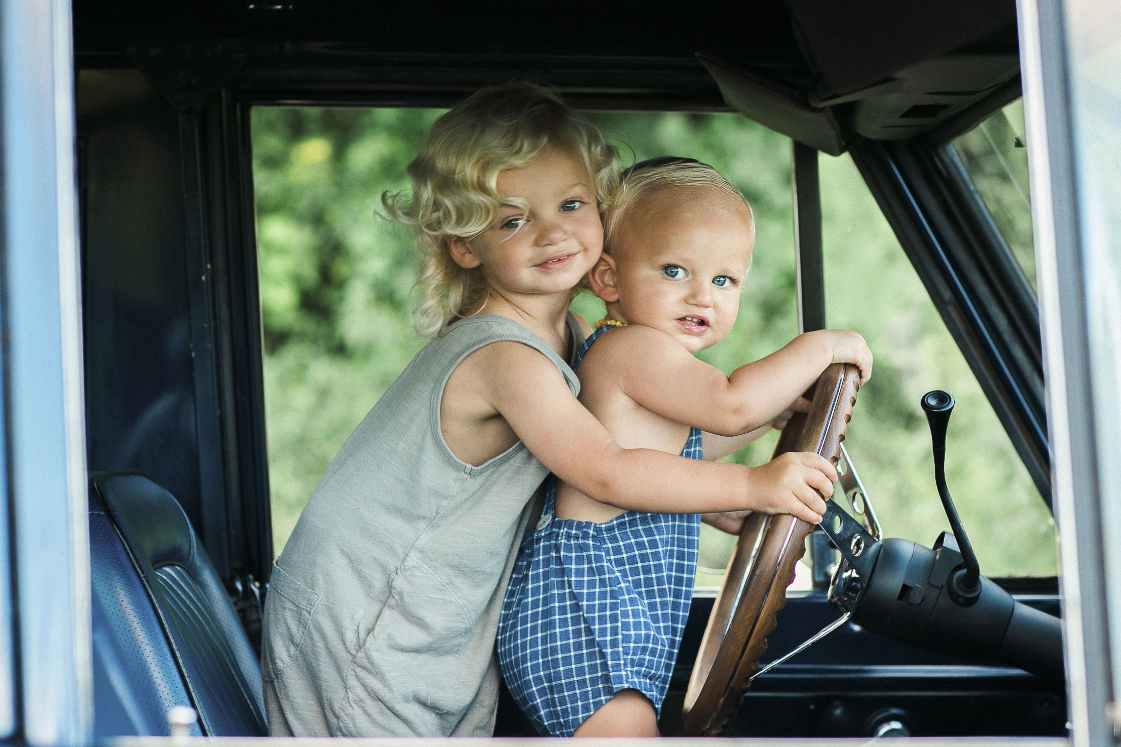 Brandon Chesbro Family Photographer Photo-6.jpg