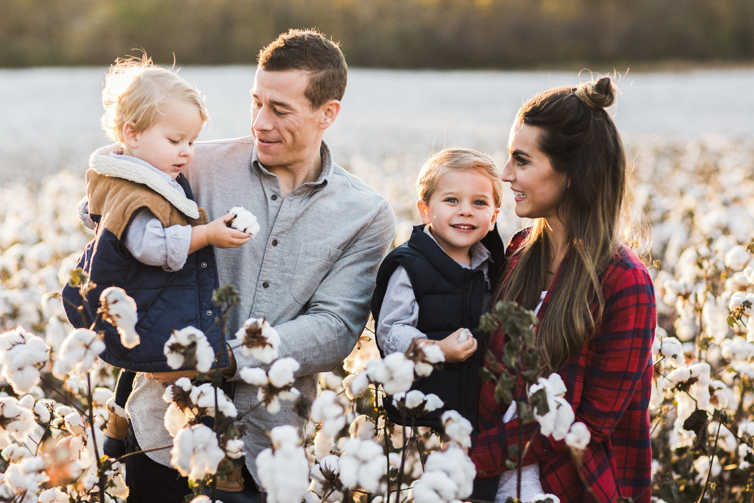 Brandon Chesbro Family Photographer Photo-11.jpg