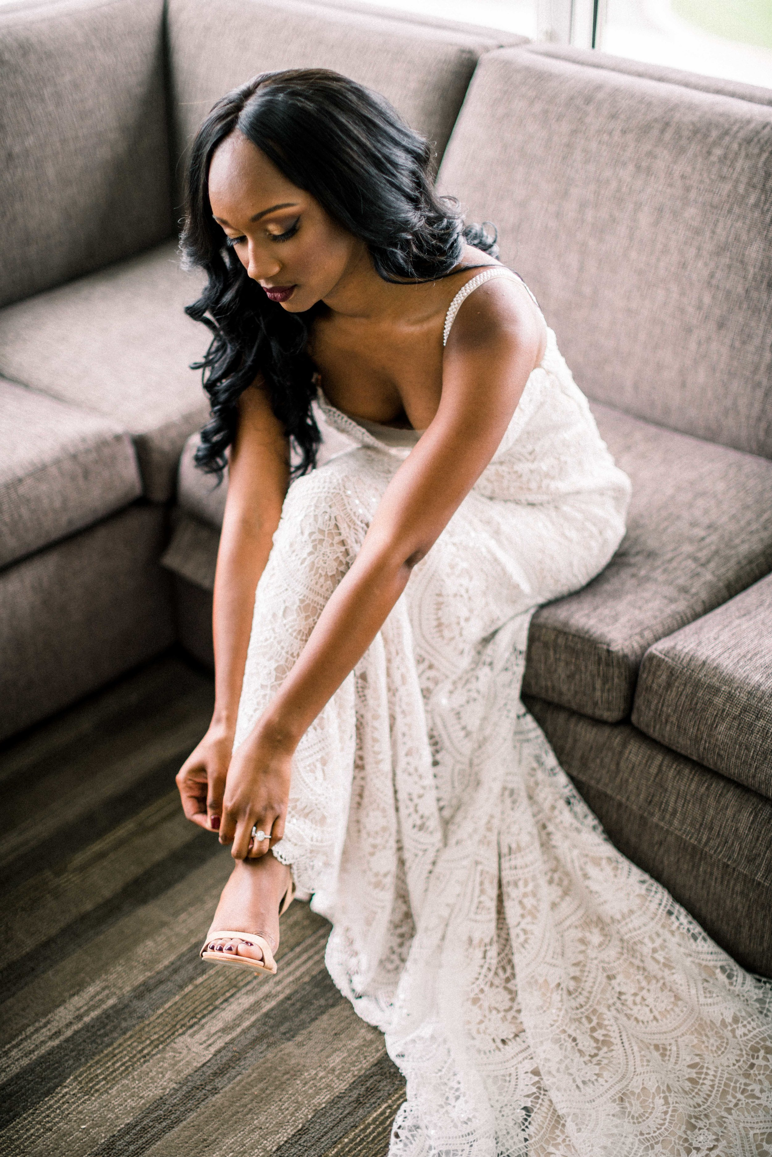 Getting Ready Brandon Chesbro Chicago Wedding-7.jpg