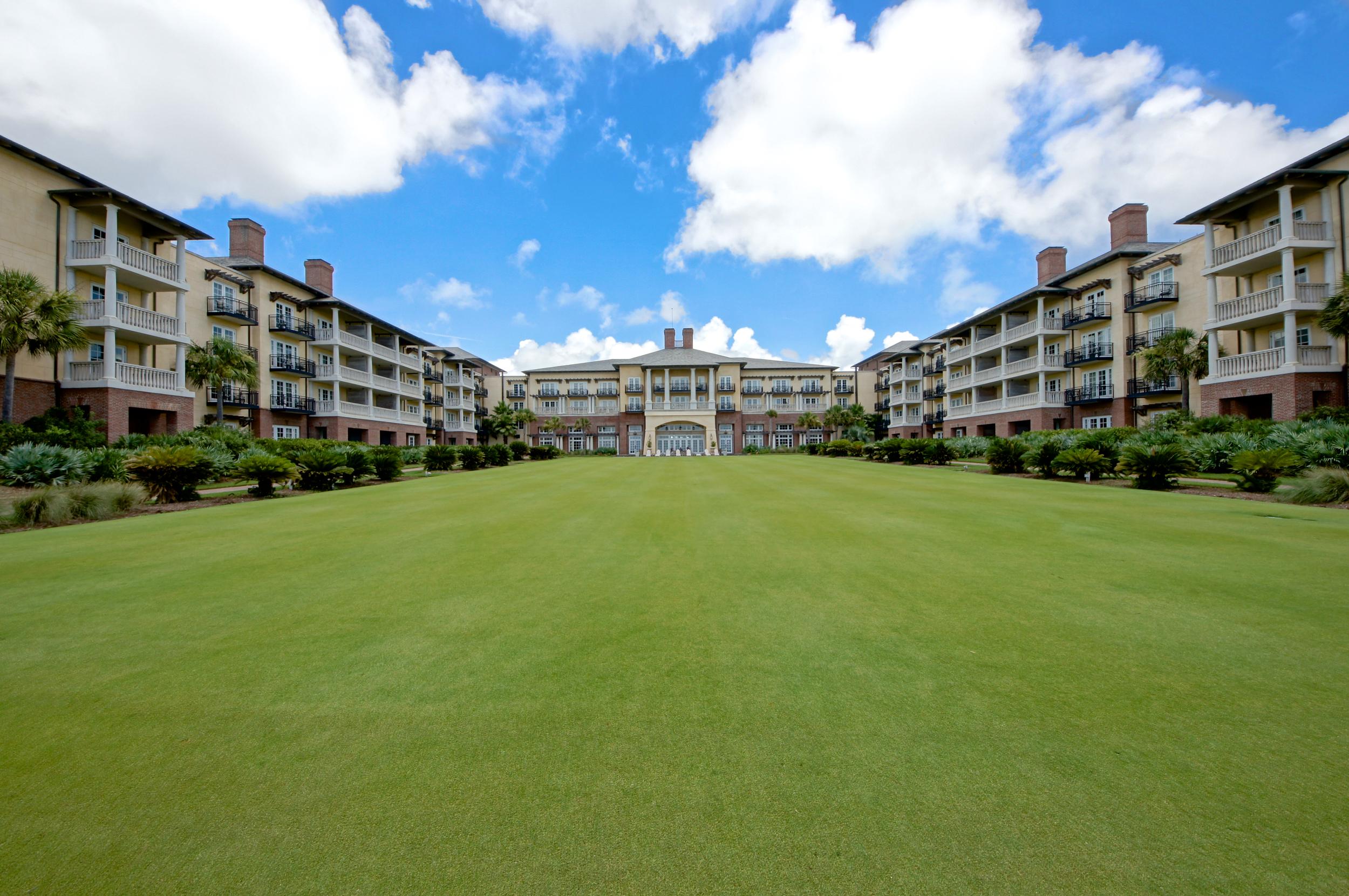 Kiawah Island Area Photo - Sanctuary Hotel Lawn.jpg
