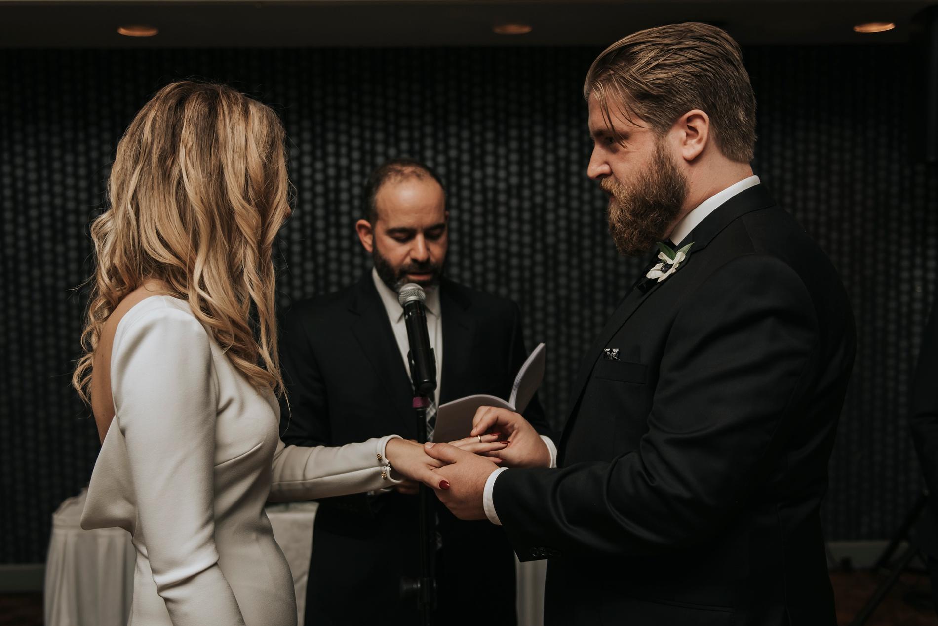 WeddingTorontoEastPhotographer_0047.jpg