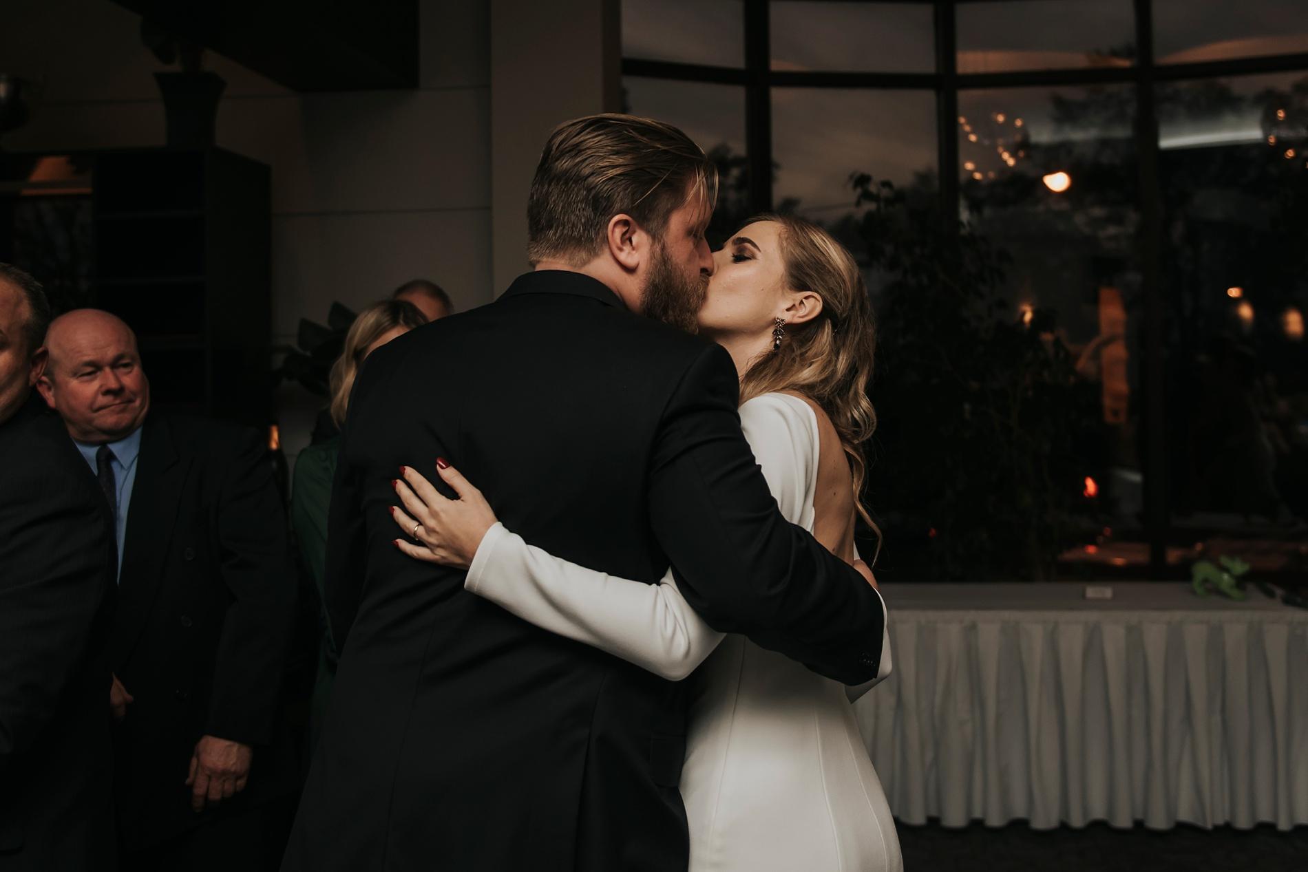 WeddingTorontoEastPhotographer_0051.jpg