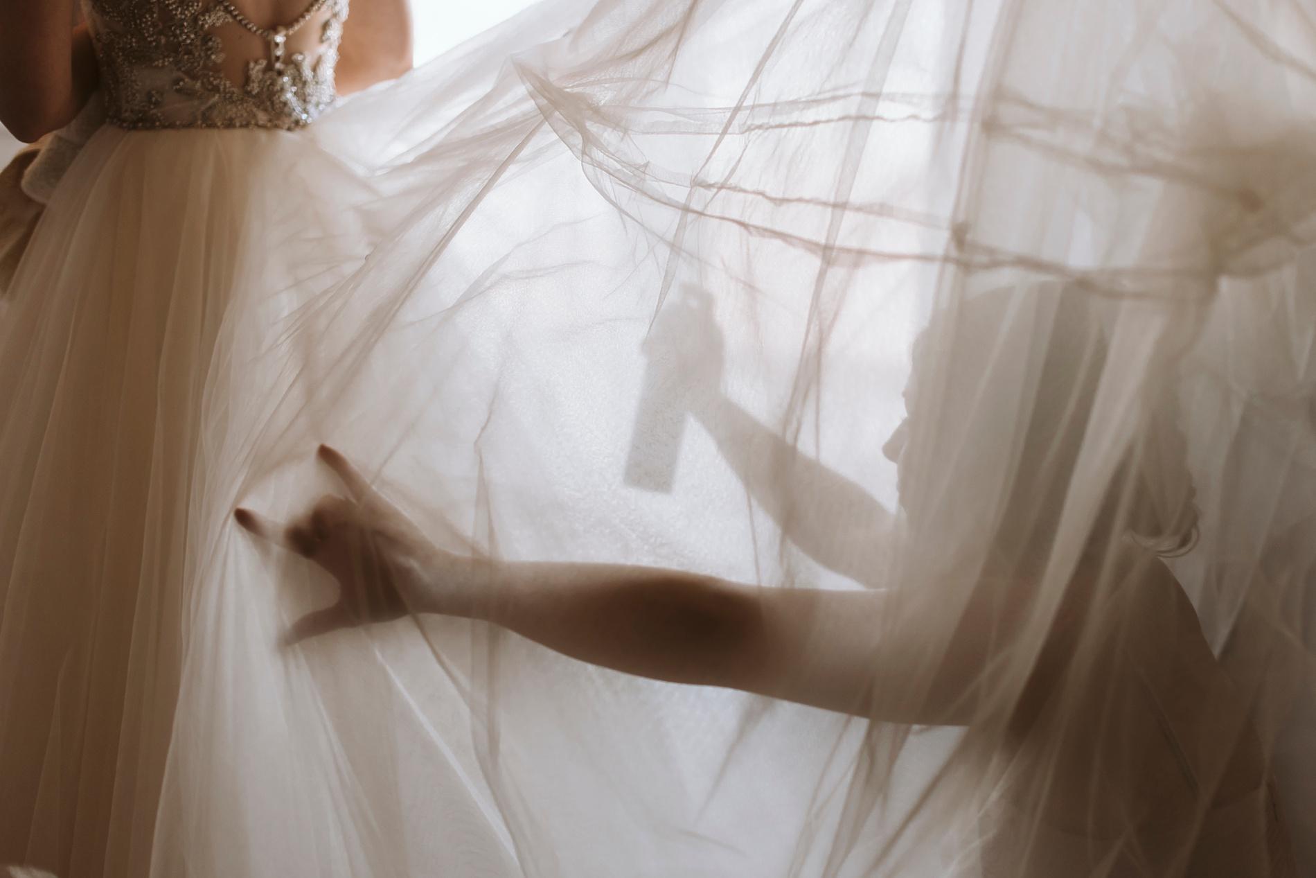 Best_Toronto_Wedding_Photographers_Glenerin_Inn_Mississauga_0005.jpg