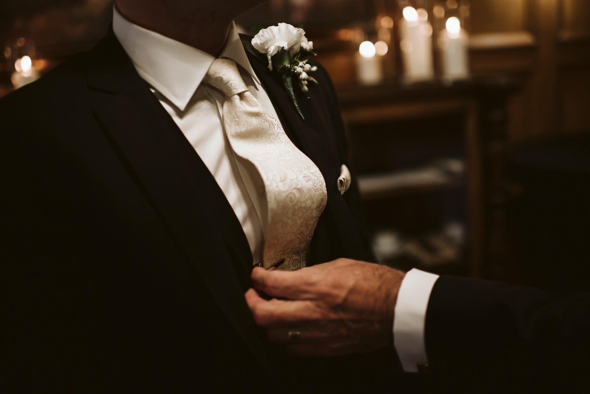 Best_Toronto_Wedding_Photographers_Glenerin_Inn_Mississauga_0025.jpg
