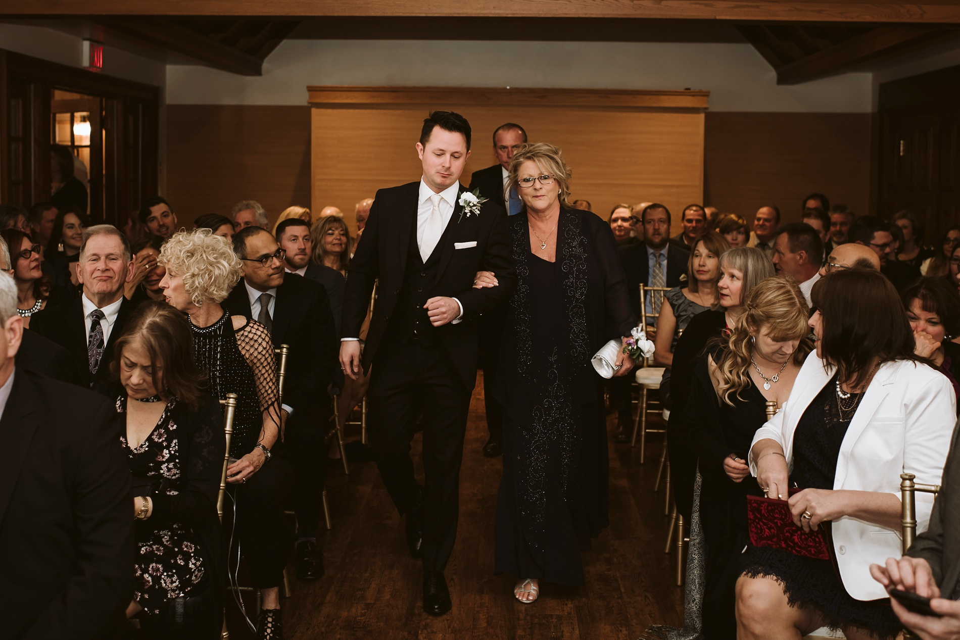 Best_Toronto_Wedding_Photographers_Glenerin_Inn_Mississauga_0027.jpg