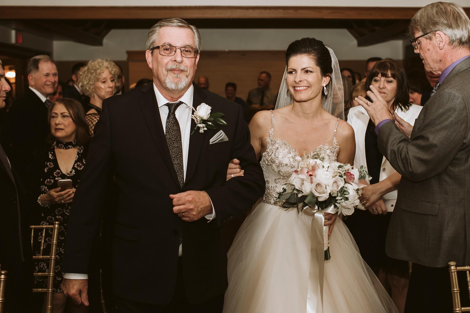 Best_Toronto_Wedding_Photographers_Glenerin_Inn_Mississauga_0032.jpg