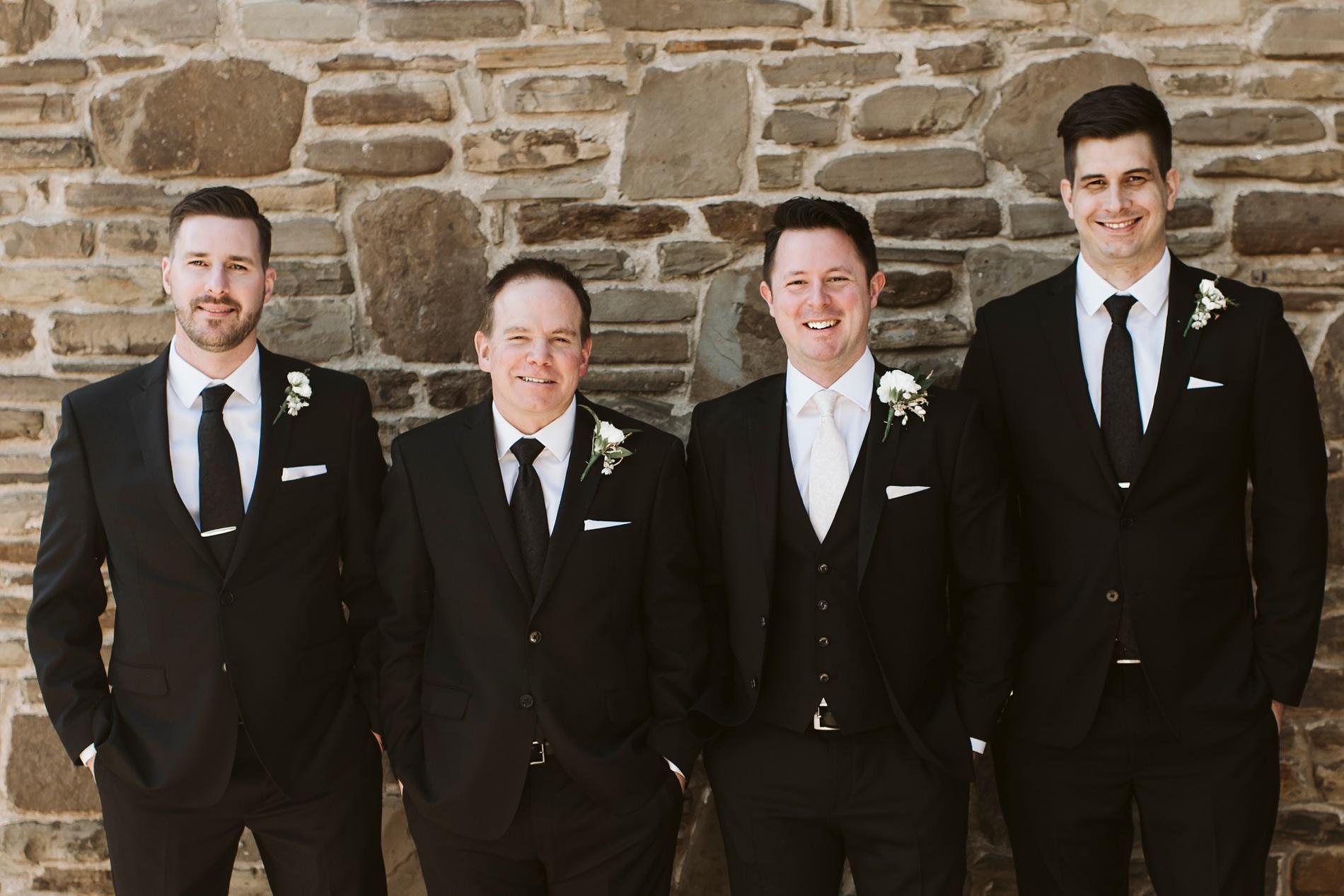 Best_Toronto_Wedding_Photographers_Glenerin_Inn_Mississauga_0044.jpg