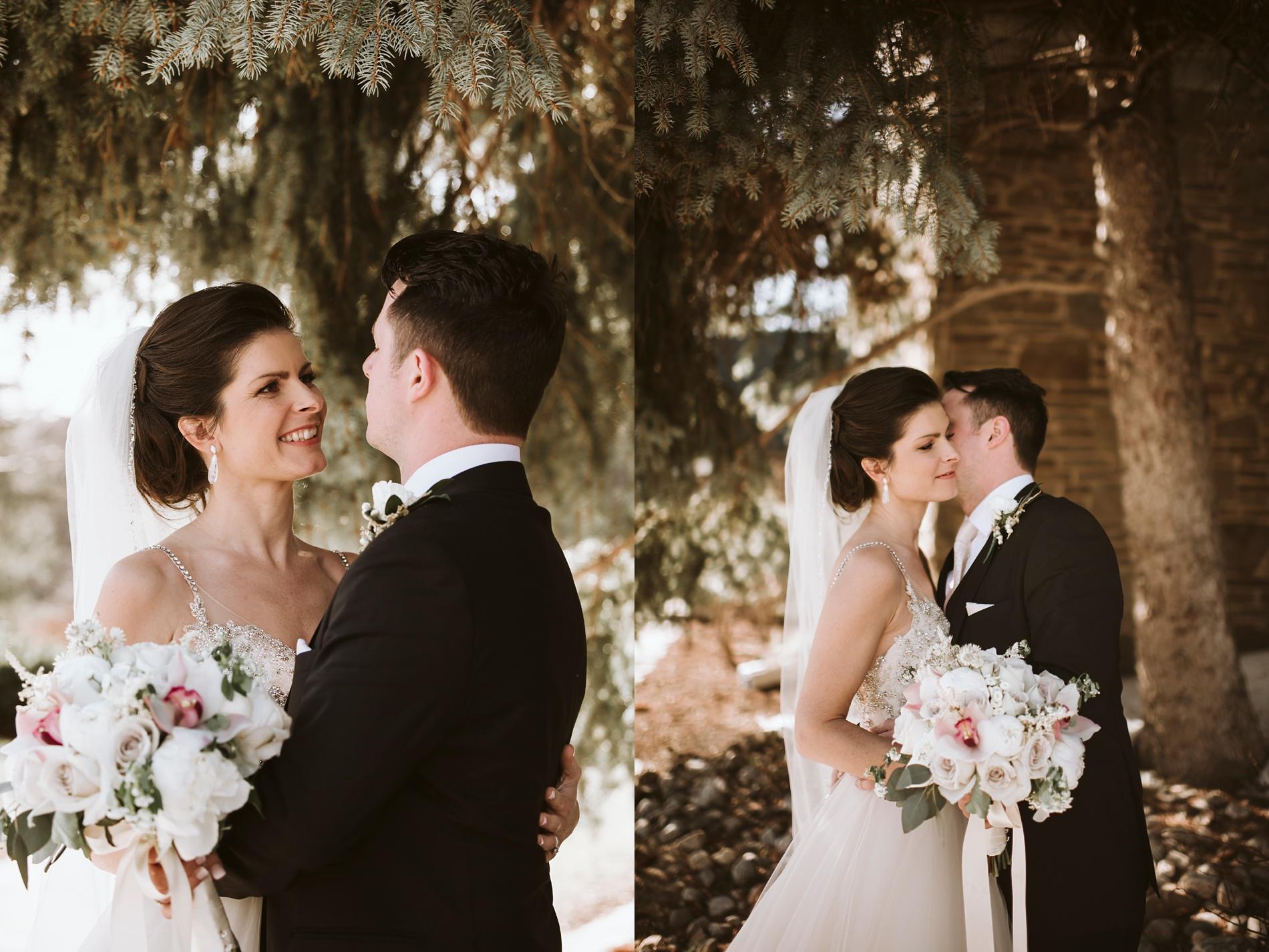 Best_Toronto_Wedding_Photographers_Glenerin_Inn_Mississauga_0052.jpg
