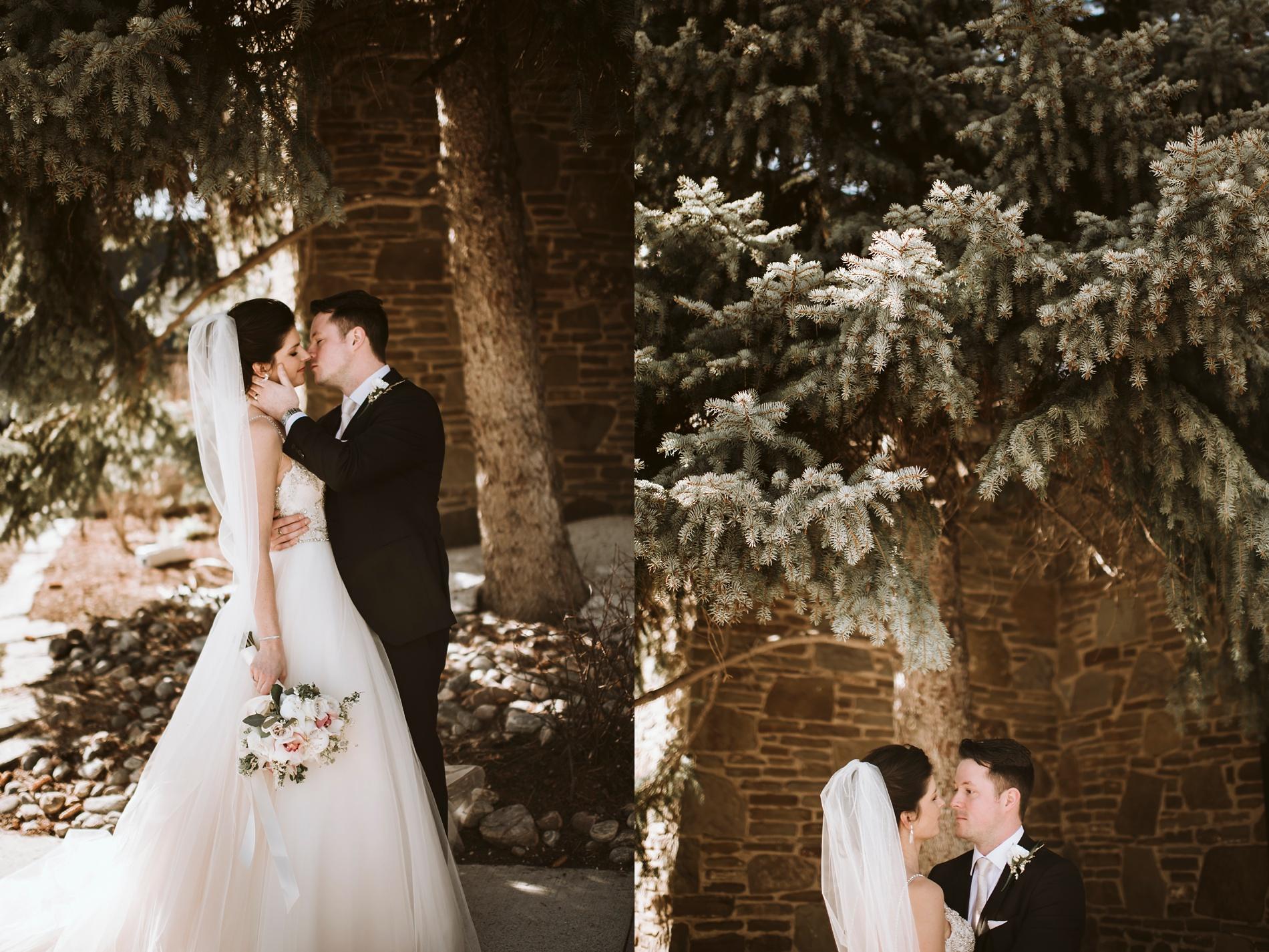 Best_Toronto_Wedding_Photographers_Glenerin_Inn_Mississauga_0055.jpg