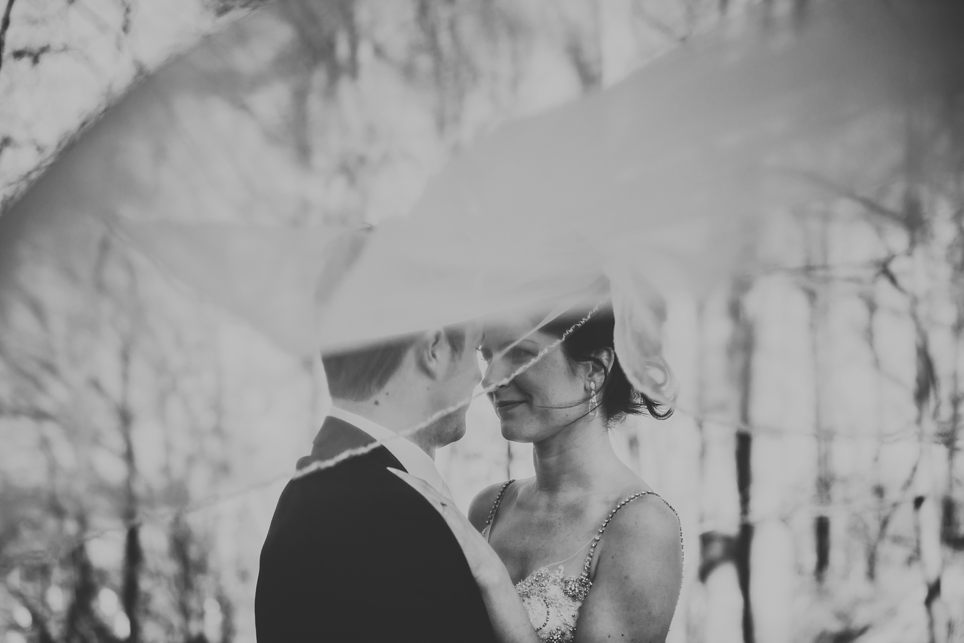 Best_Toronto_Wedding_Photographers_Glenerin_Inn_Mississauga_0060.jpg