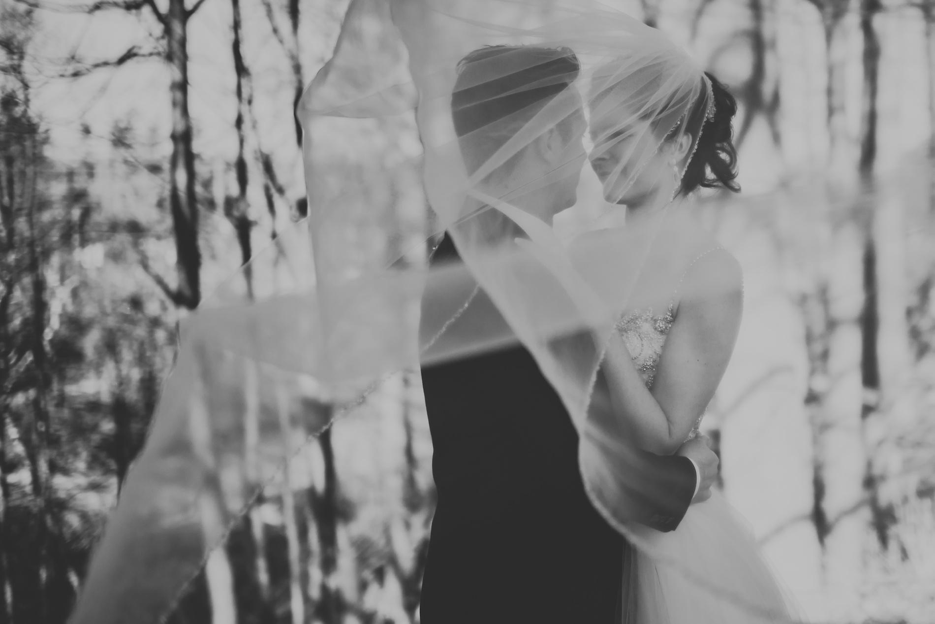 Best_Toronto_Wedding_Photographers_Glenerin_Inn_Mississauga_0062.jpg