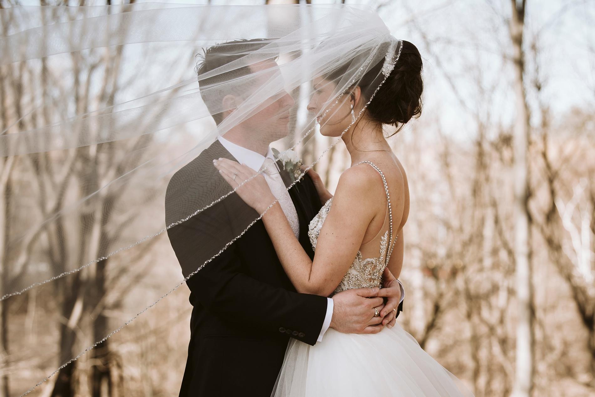 Best_Toronto_Wedding_Photographers_Glenerin_Inn_Mississauga_0061.jpg