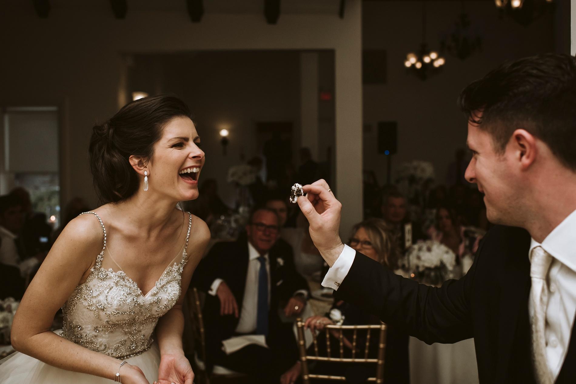 Best_Toronto_Wedding_Photographers_Glenerin_Inn_Mississauga_0081.jpg