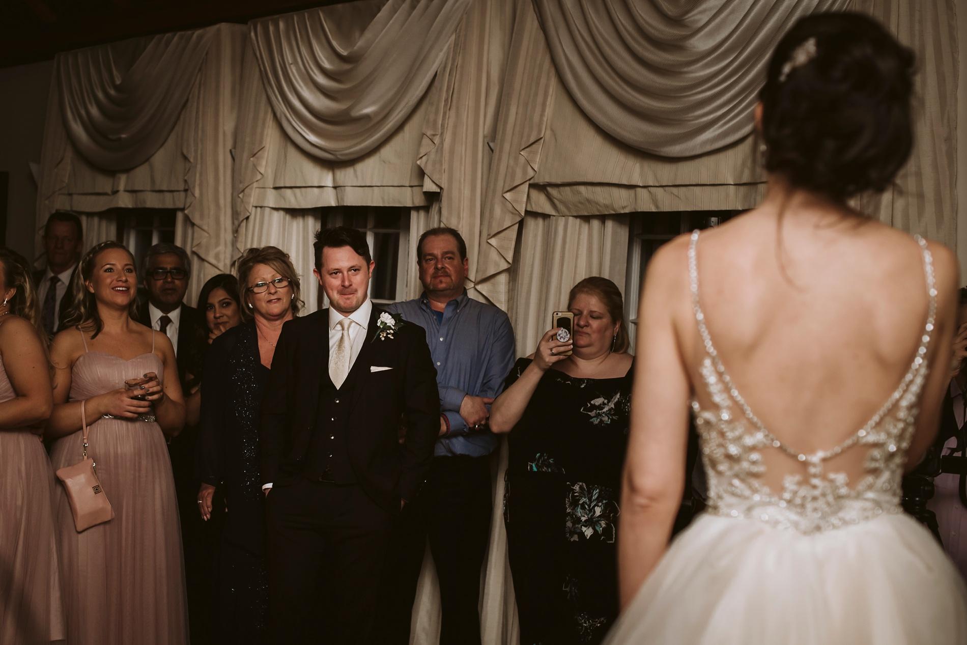Best_Toronto_Wedding_Photographers_Glenerin_Inn_Mississauga_0086.jpg