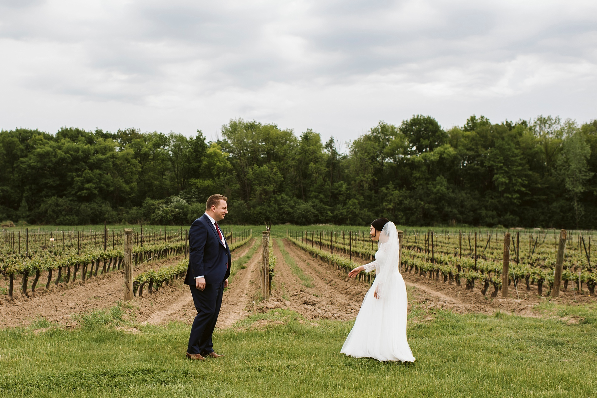Best_Toronto_Wedding_Photographer_Niagara_Chateaux_des_Charmes_0018.jpg