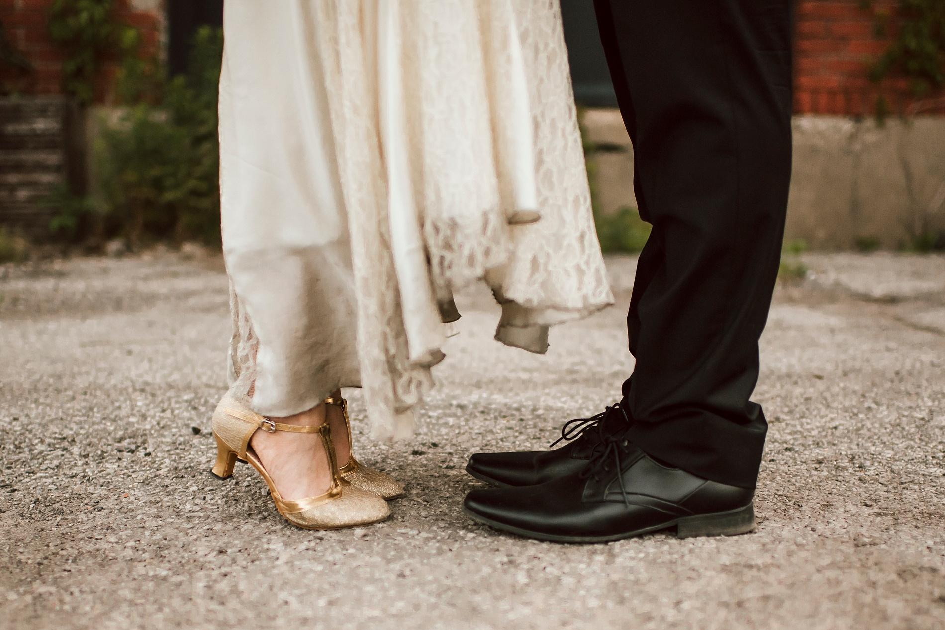 Best_Toronto_Wedding_Photographers_Engagement_shoot_0037.jpg