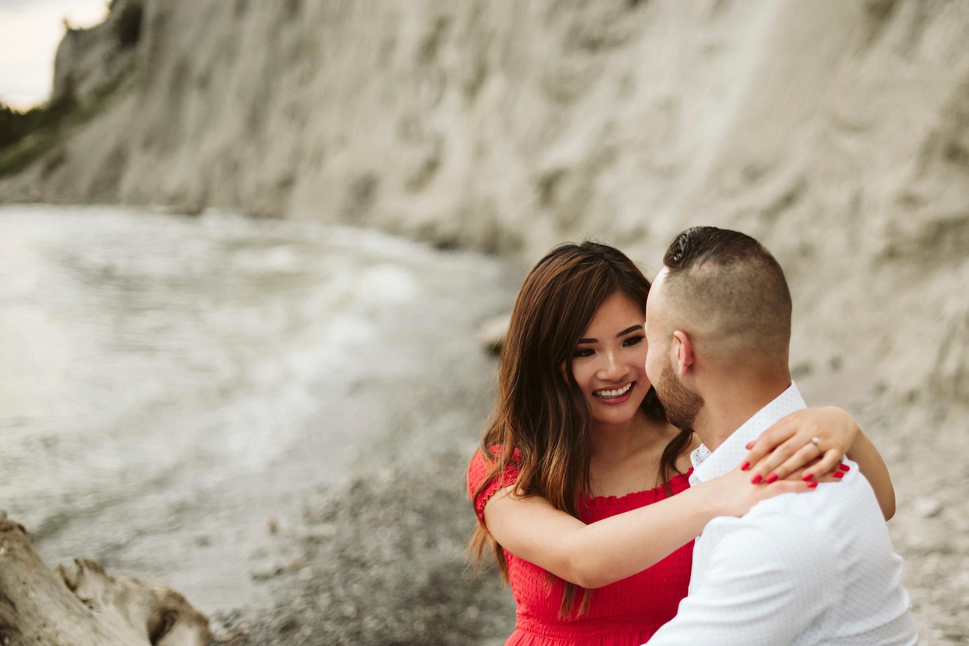 Scarborough_Bluffs_engagement_shoot_Best_Toronto_Wedding_Photographers_0028.jpg