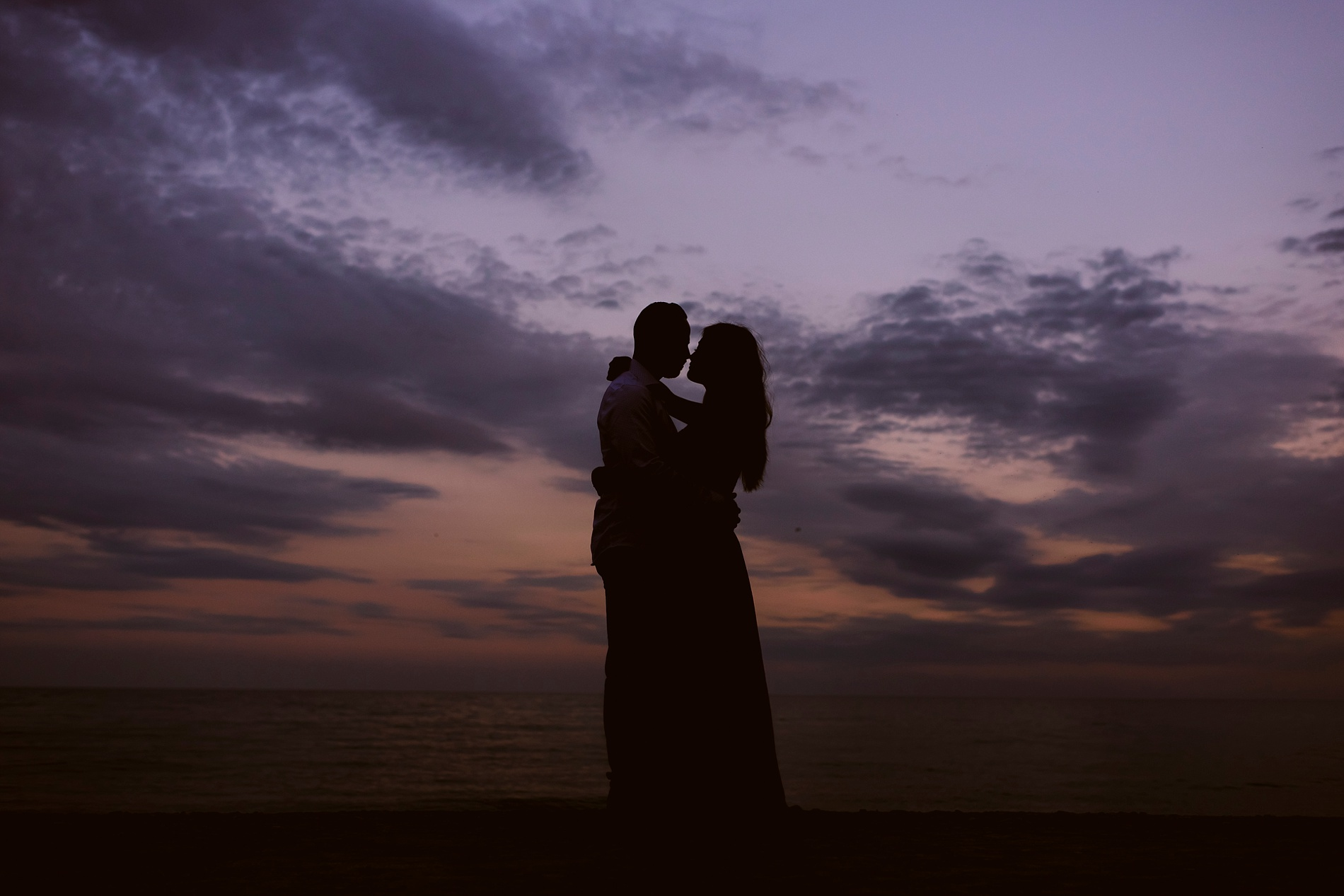 Scarborough_Bluffs_engagement_shoot_Best_Toronto_Wedding_Photographers_0030.jpg