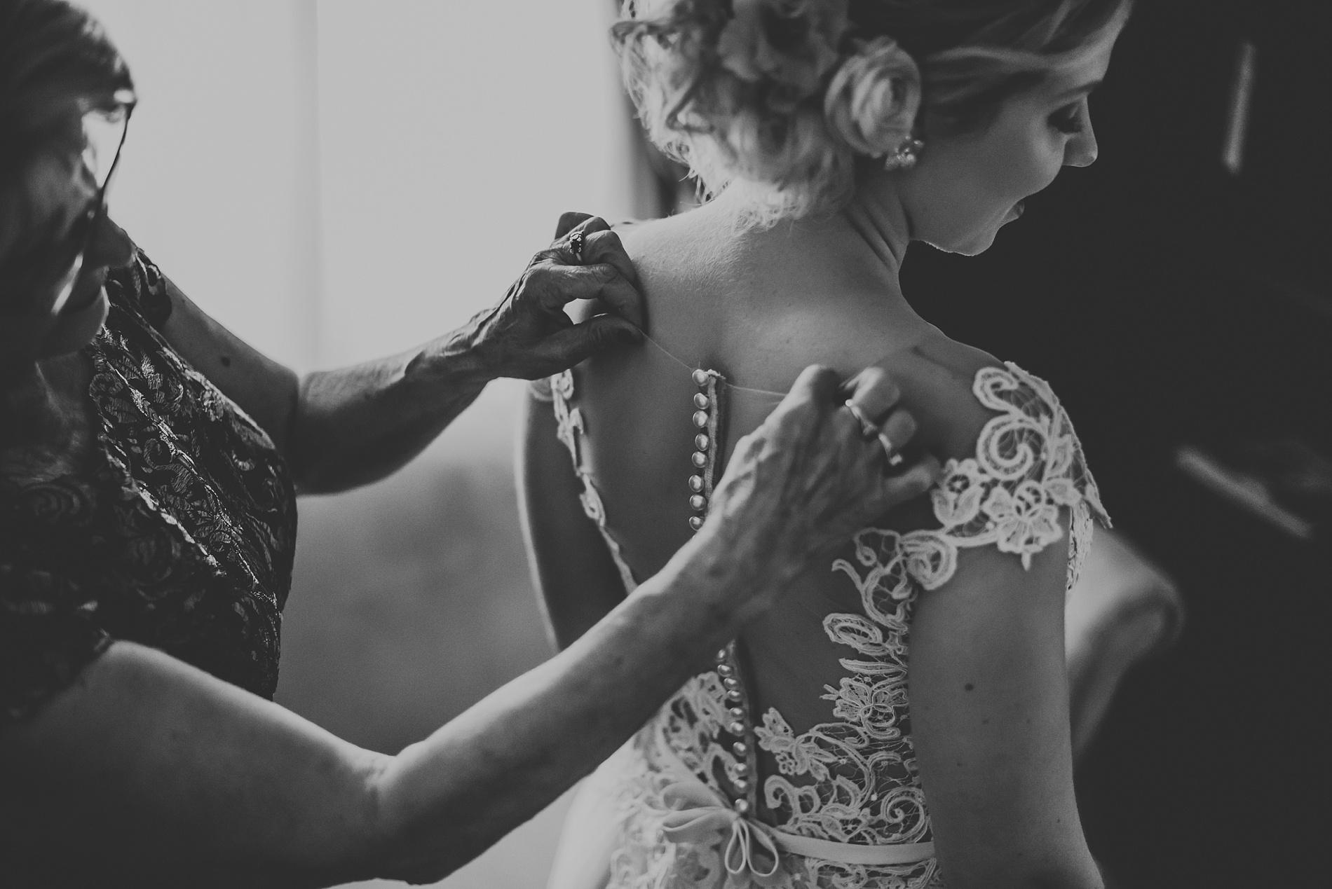 Toronto_Wedding_Photographer_Albany_Club_0007.jpg