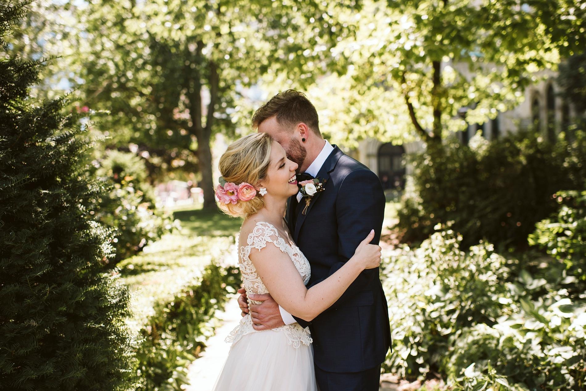 Toronto_Wedding_Photographer_Albany_Club_0034.jpg