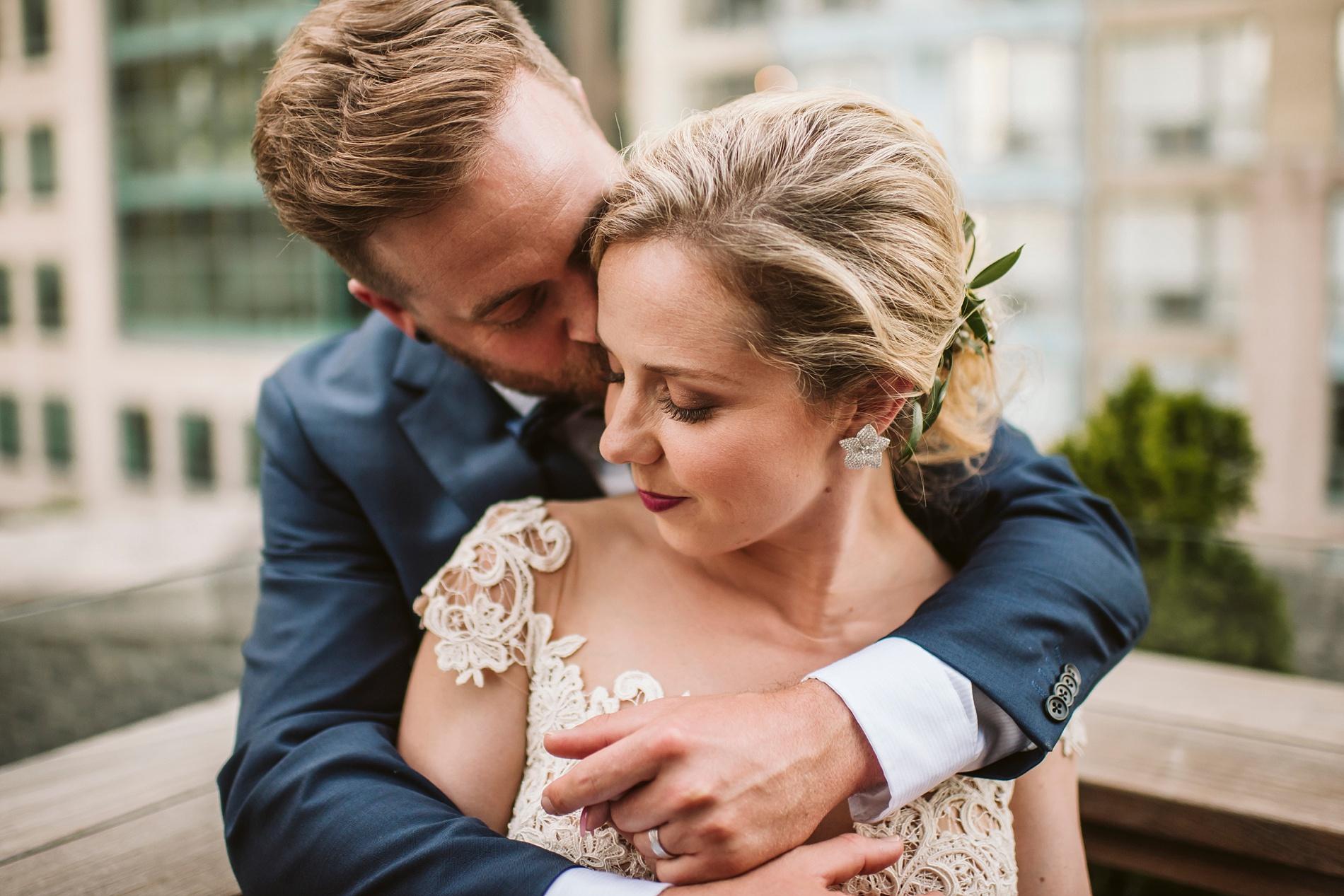 Toronto_Wedding_Photographer_Albany_Club_0044.jpg