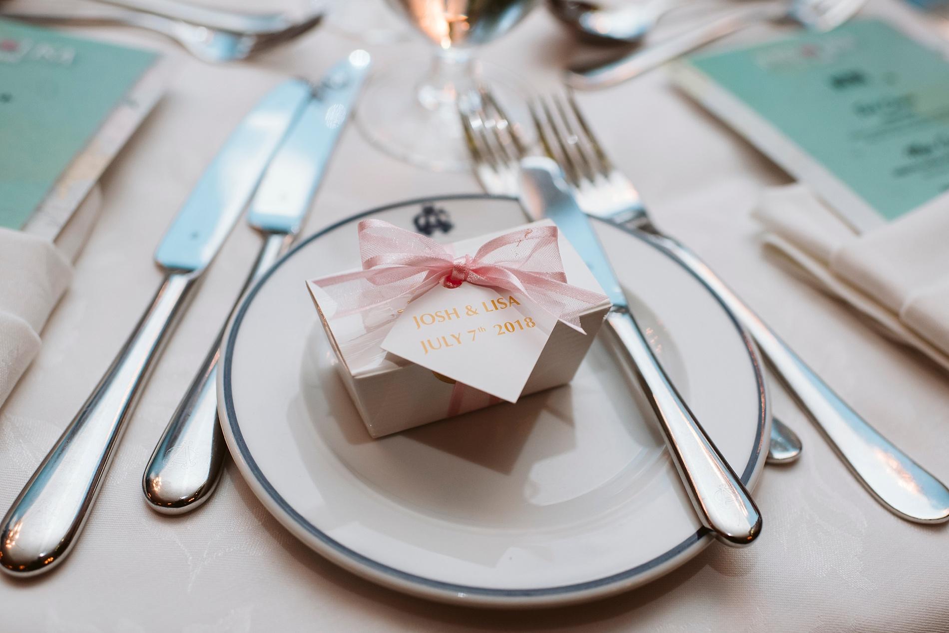 Toronto_Wedding_Photographer_Albany_Club_0075.jpg