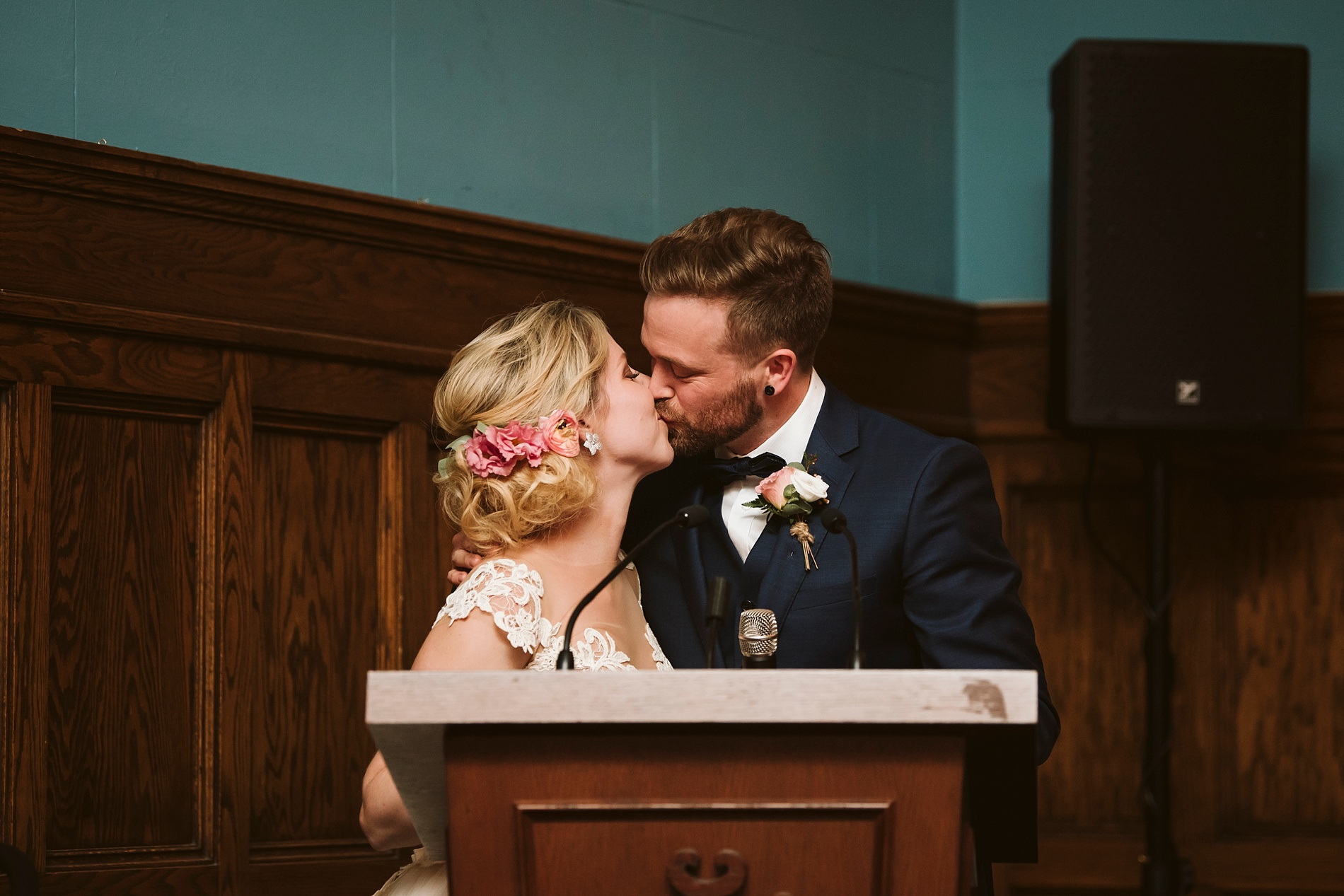 Toronto_Wedding_Photographer_Albany_Club_0095.jpg