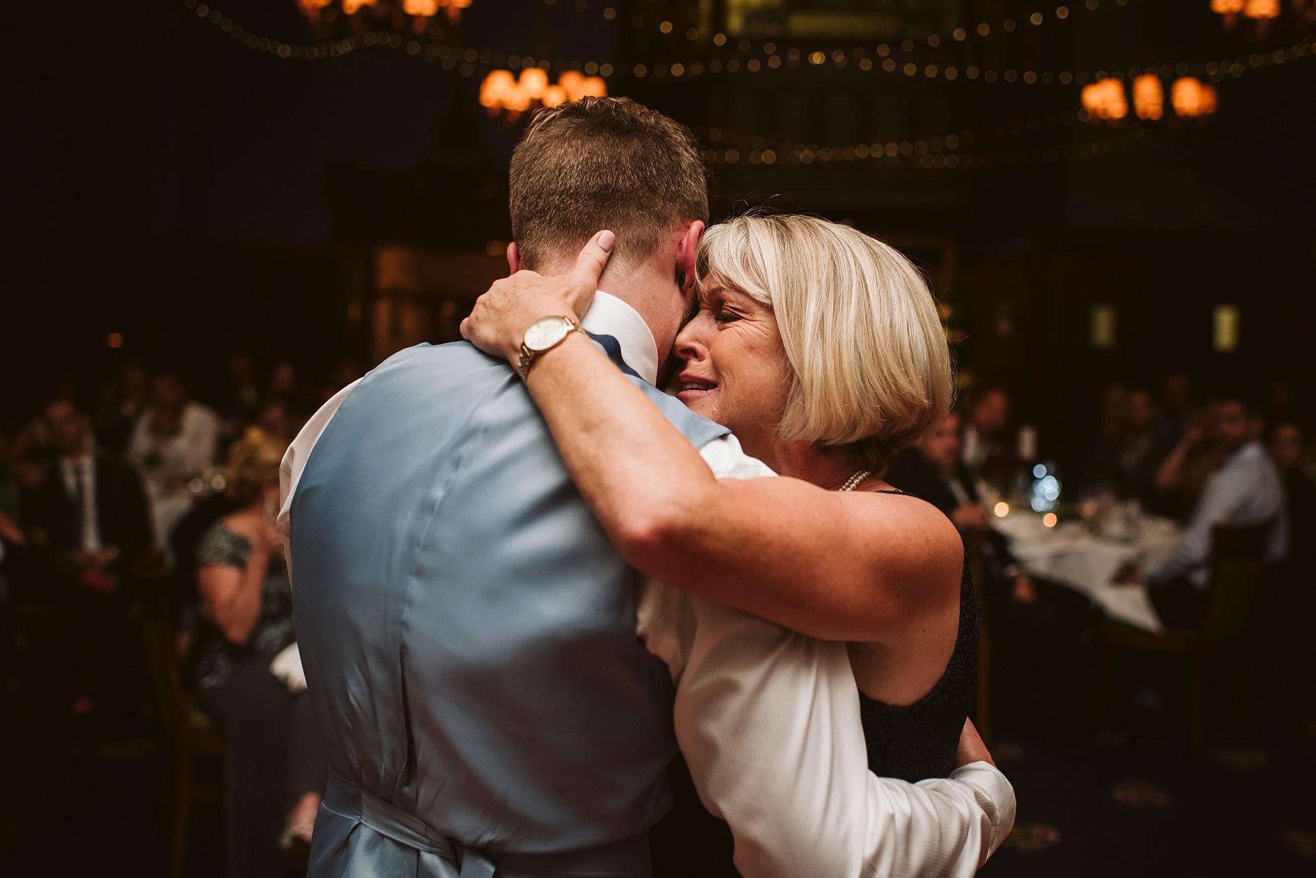 Toronto_Wedding_Photographer_Albany_Club_0100.jpg