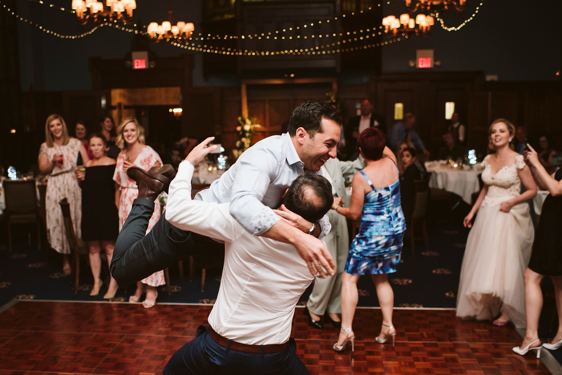 Toronto_Wedding_Photographer_Albany_Club_0105.jpg