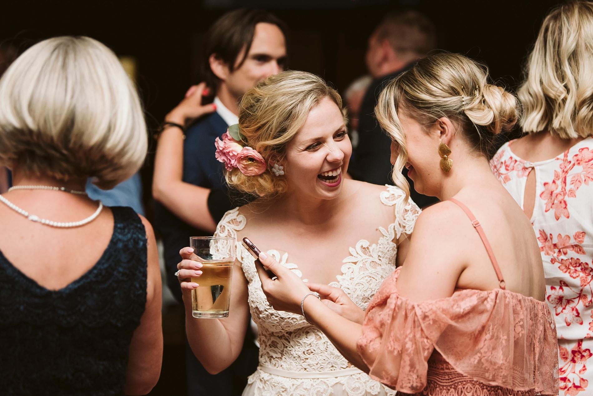 Toronto_Wedding_Photographer_Albany_Club_0110.jpg