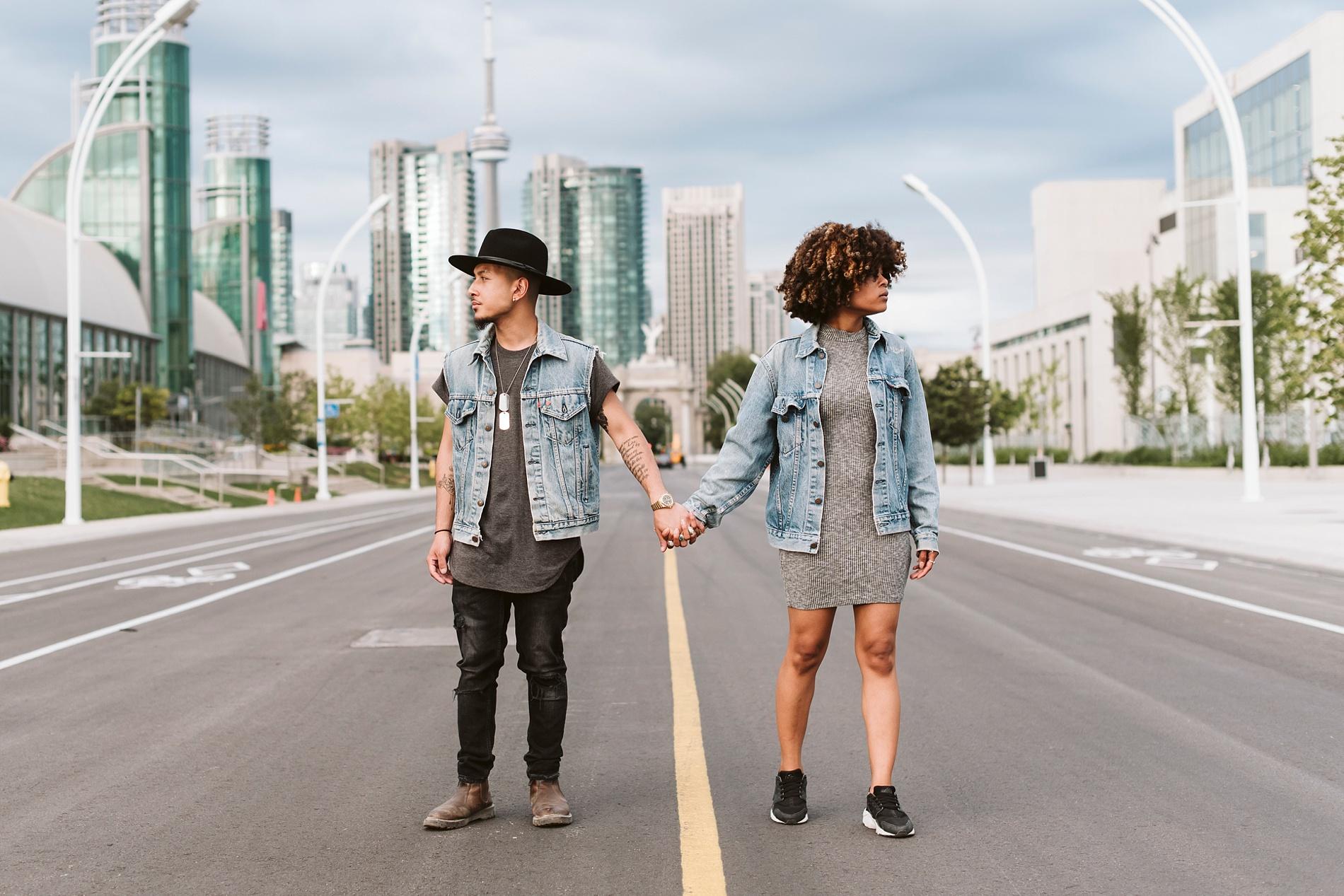 Best_Toronto_Wedding_Photographers_Toronto_Engagement_shoot010.jpg