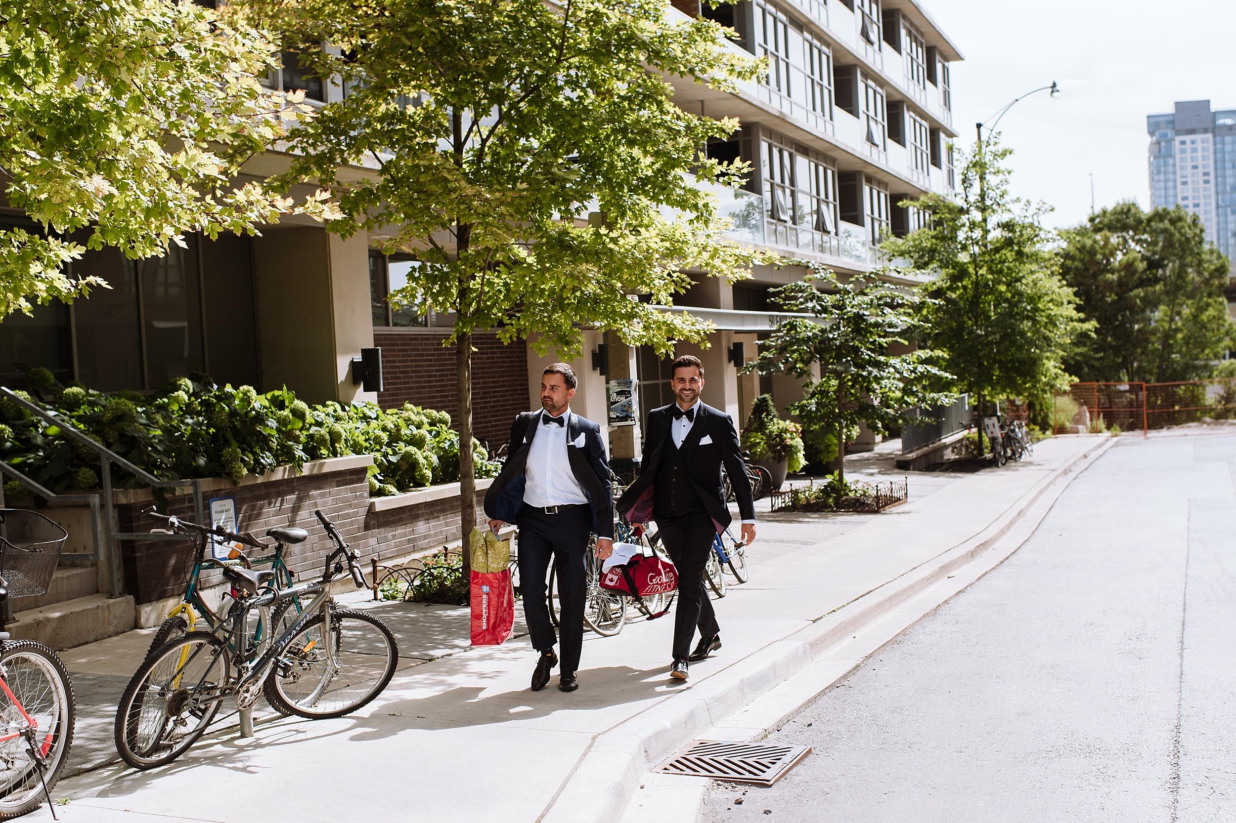 Rustic_Backyard_Wedding_Toronto_Photographer031.jpg