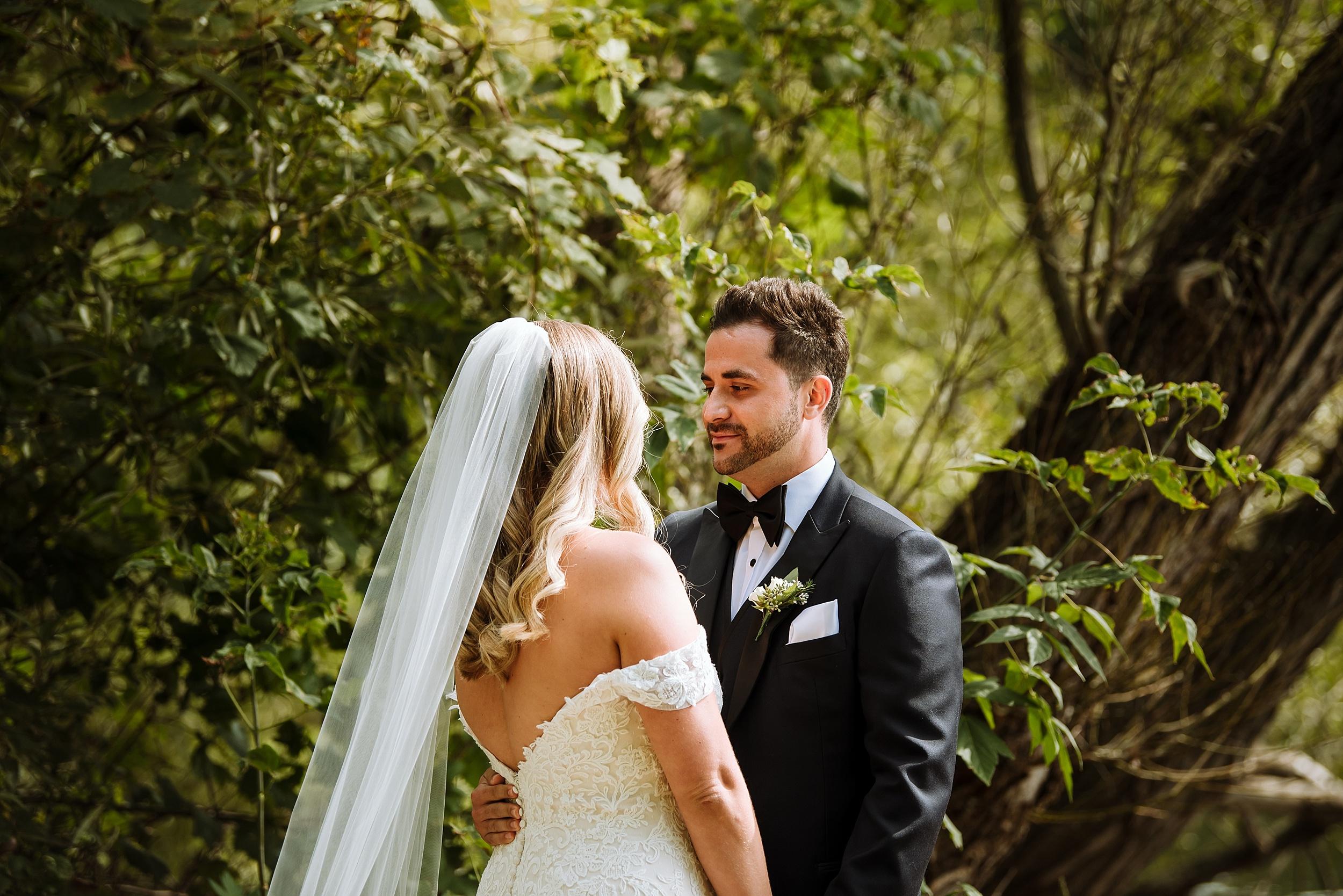 Rustic_Backyard_Wedding_Toronto_Photographer037.jpg