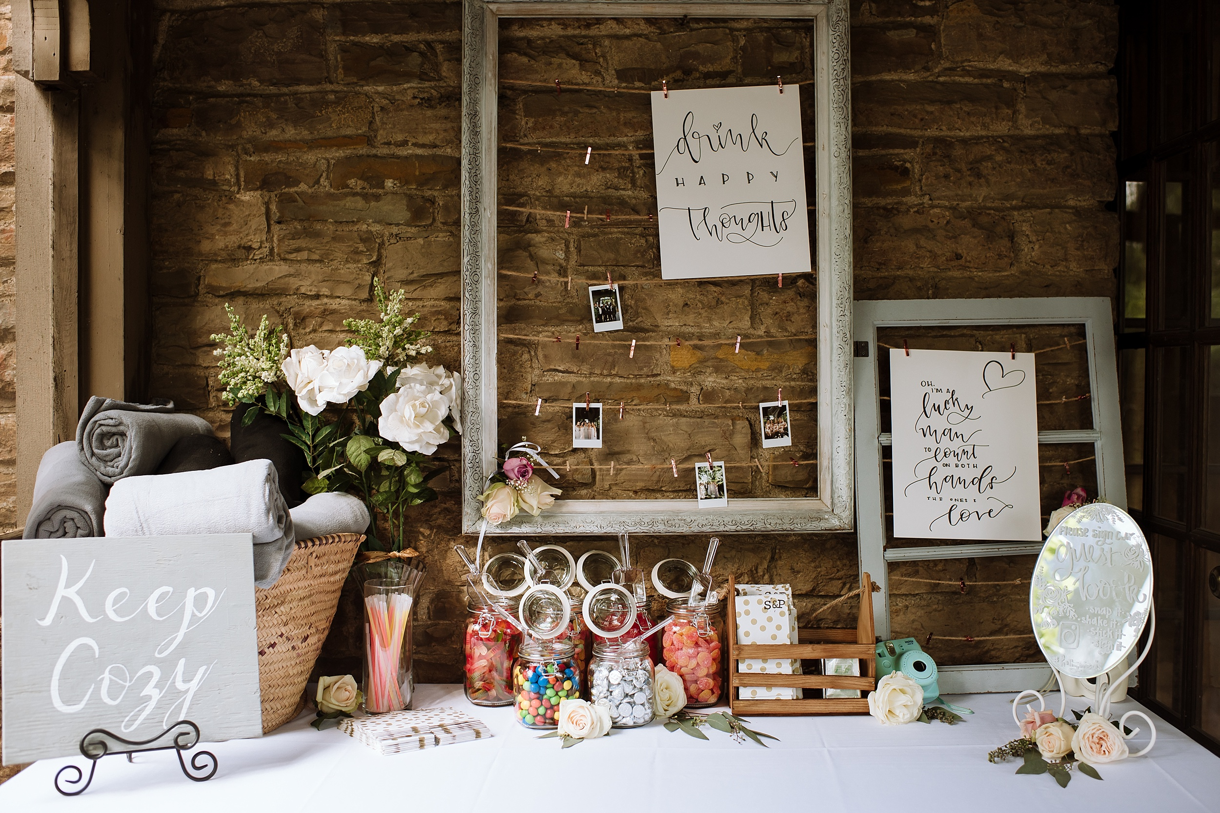 Rustic_Backyard_Wedding_Toronto_Photographer076.jpg