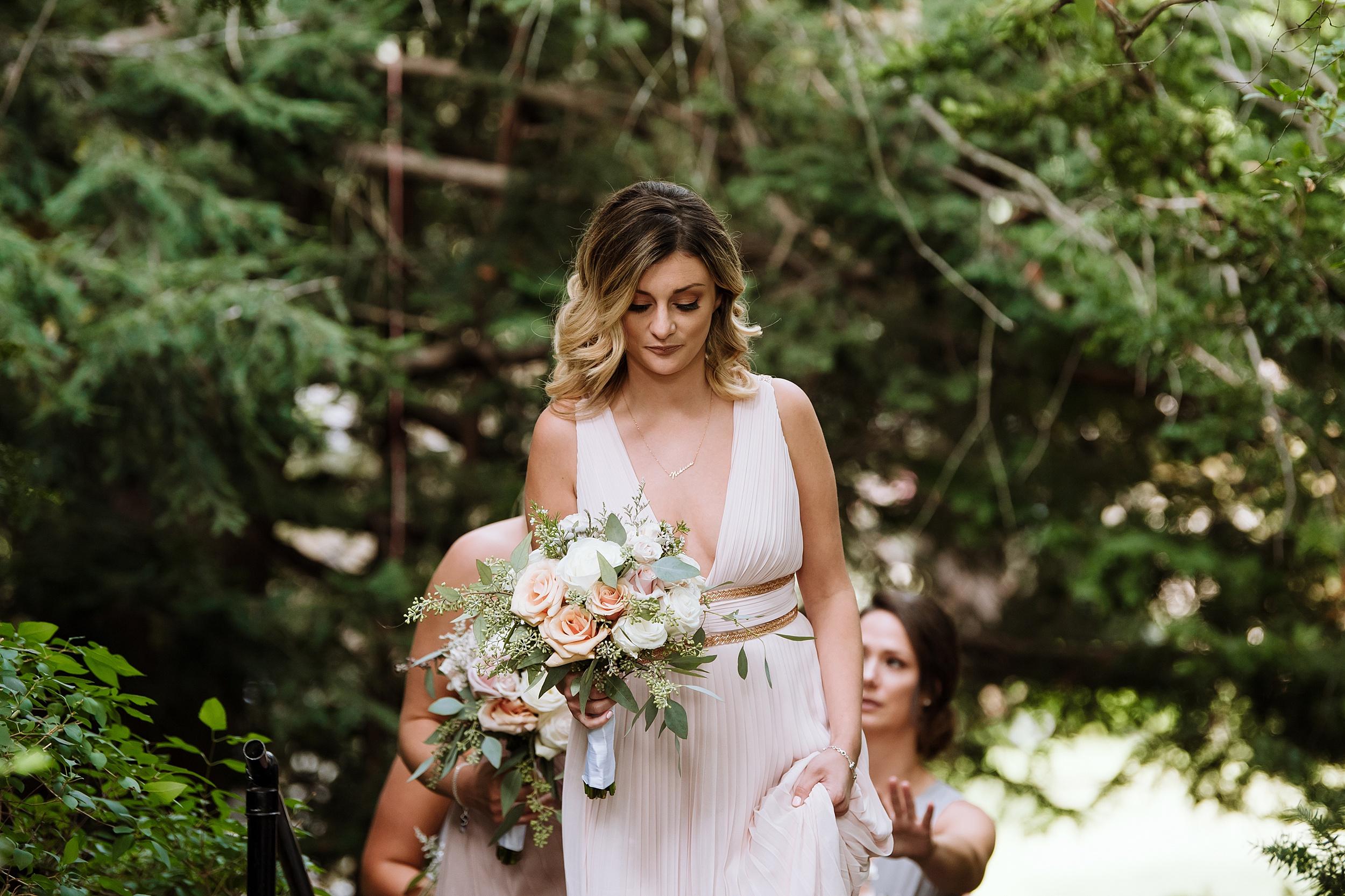 Rustic_Backyard_Wedding_Toronto_Photographer085.jpg