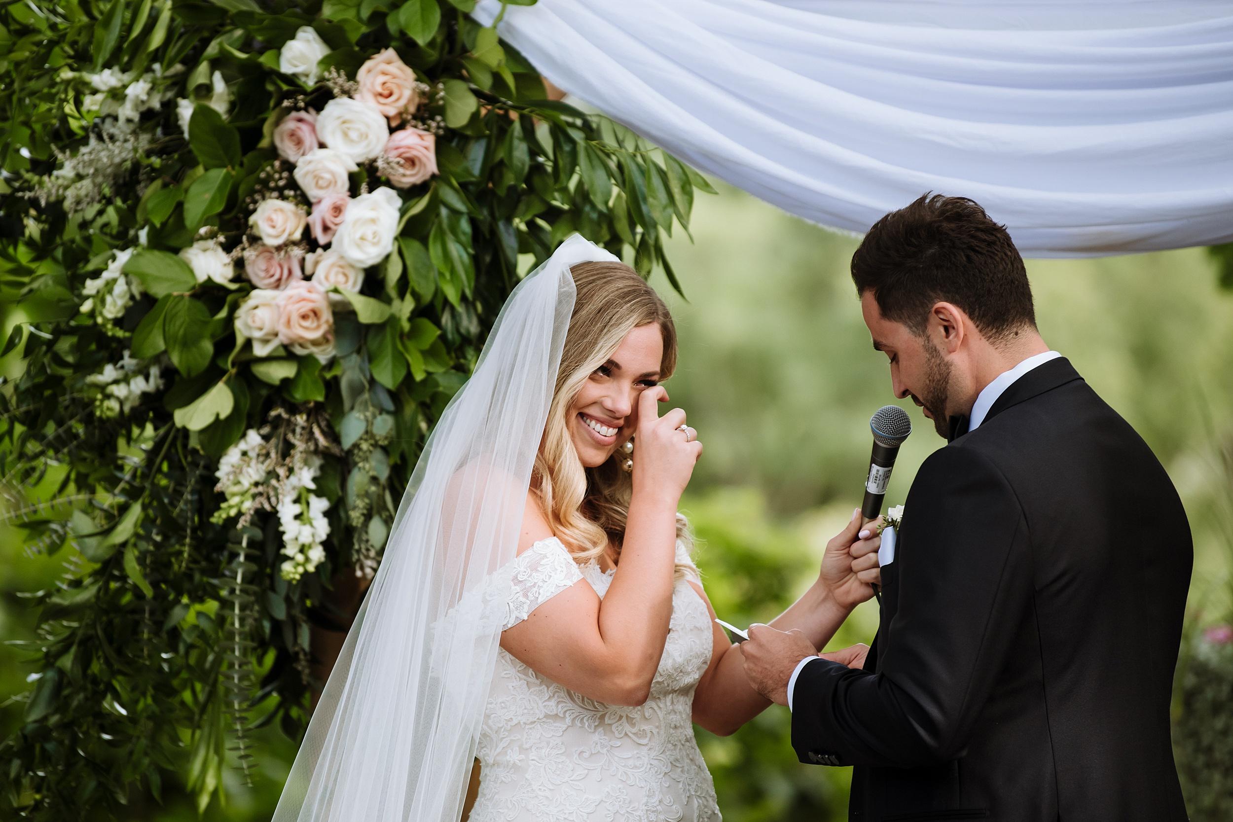 Rustic_Backyard_Wedding_Toronto_Photographer104.jpg