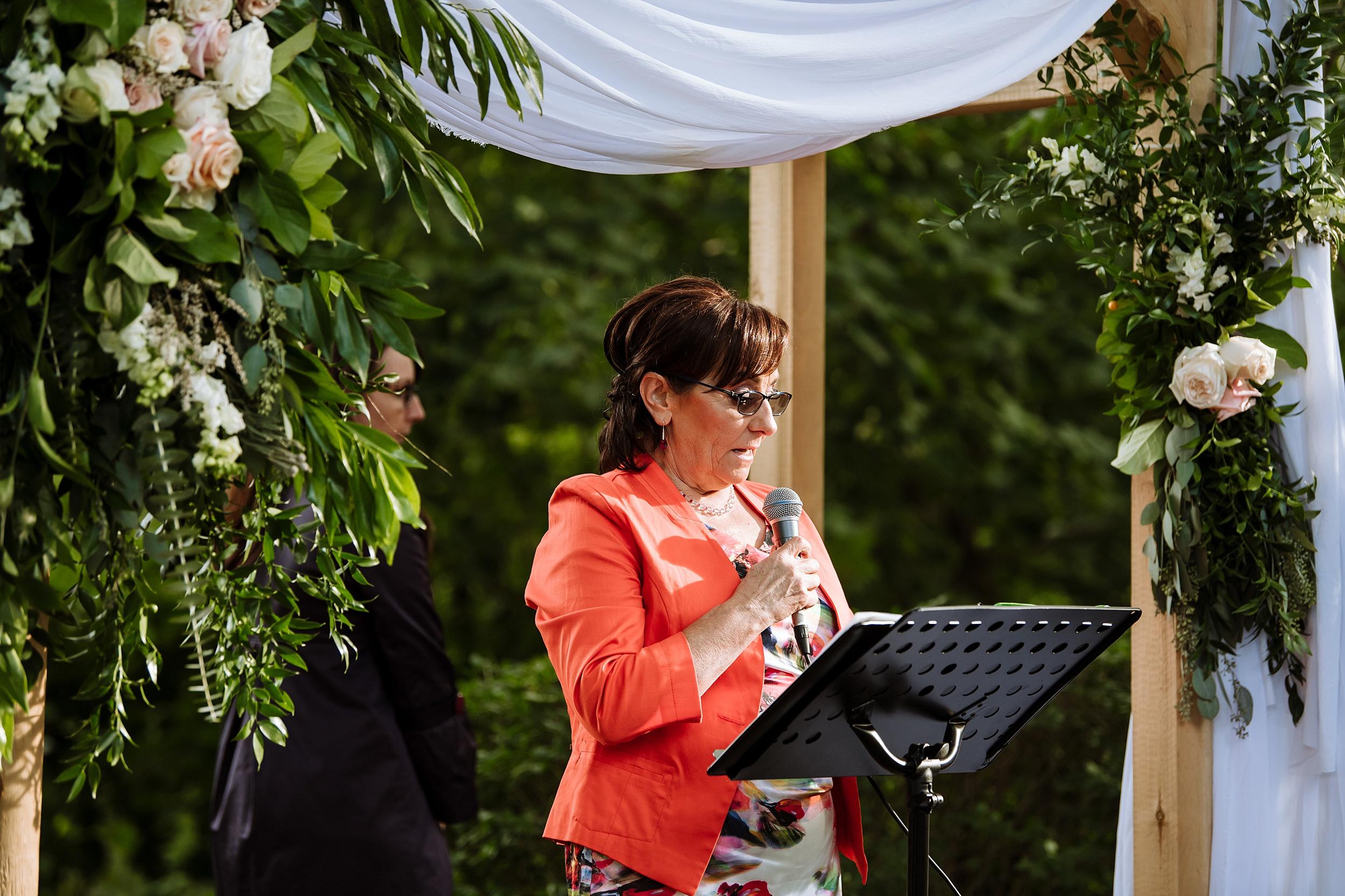 Rustic_Backyard_Wedding_Toronto_Photographer109.jpg