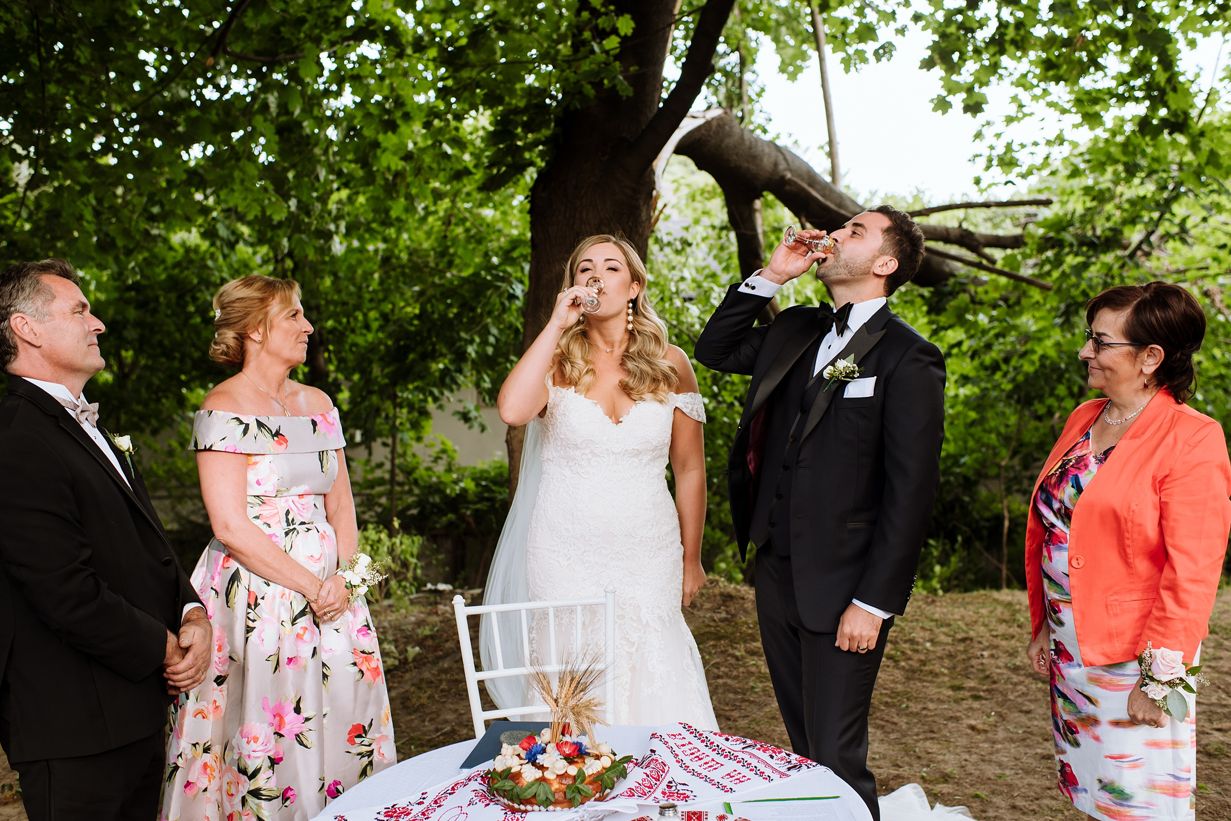 Rustic_Backyard_Wedding_Toronto_Photographer112.jpg