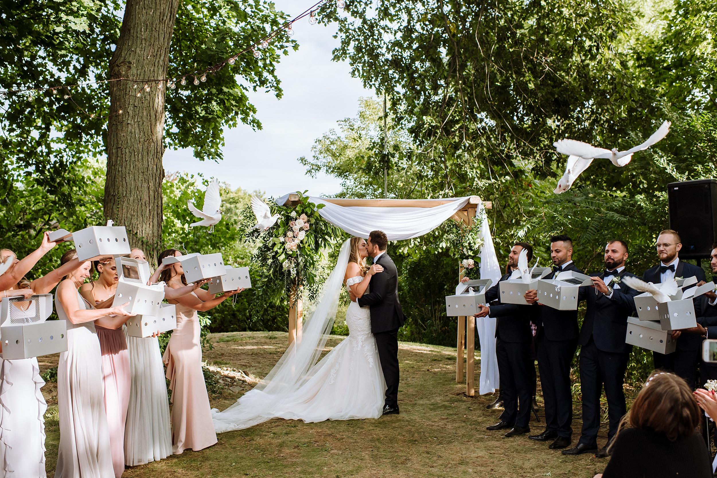 Rustic_Backyard_Wedding_Toronto_Photographer117.jpg