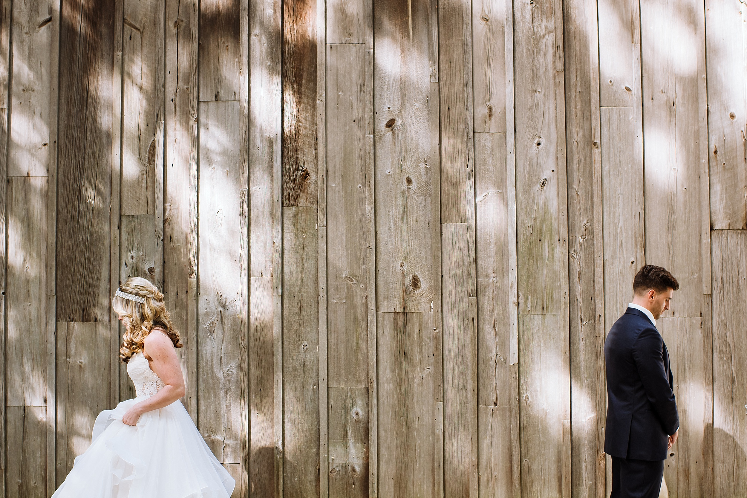 McMichael_Art_Collection_Wedding_chateau_le_jardin_Justine_Munro_Toronto_Photographer004.jpg