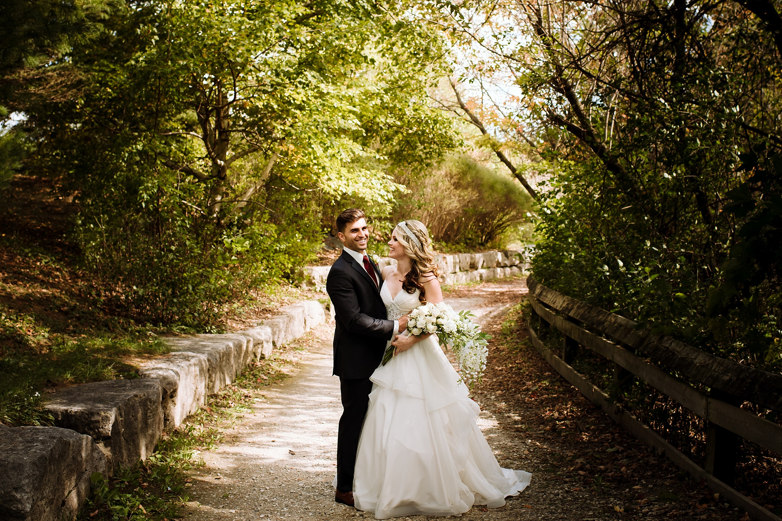 McMichael_Art_Collection_Wedding_chateau_le_jardin_Justine_Munro_Toronto_Photographer013.jpg