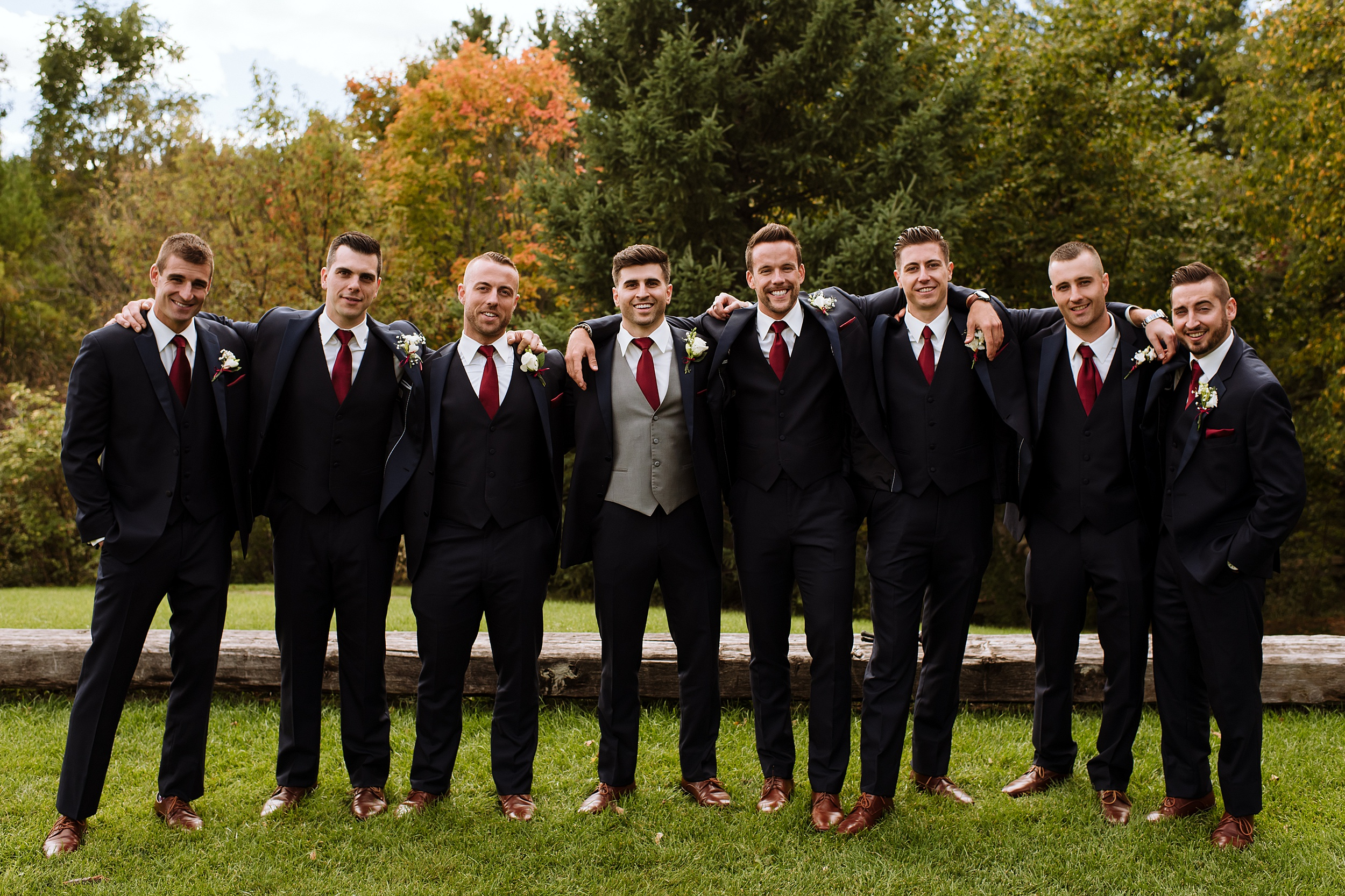 McMichael_Art_Collection_Wedding_chateau_le_jardin_Justine_Munro_Toronto_Photographer026.jpg